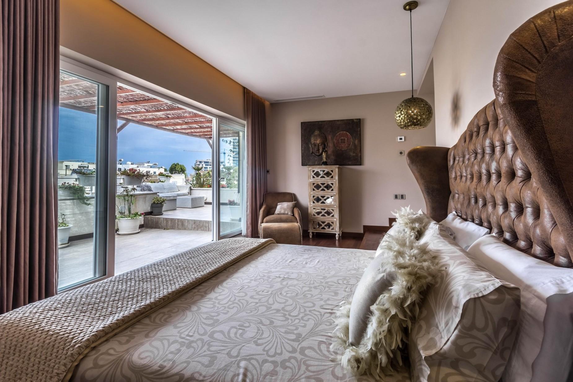 3 bed Penthouse For Sale in St Julian's, St Julian's - thumb 13