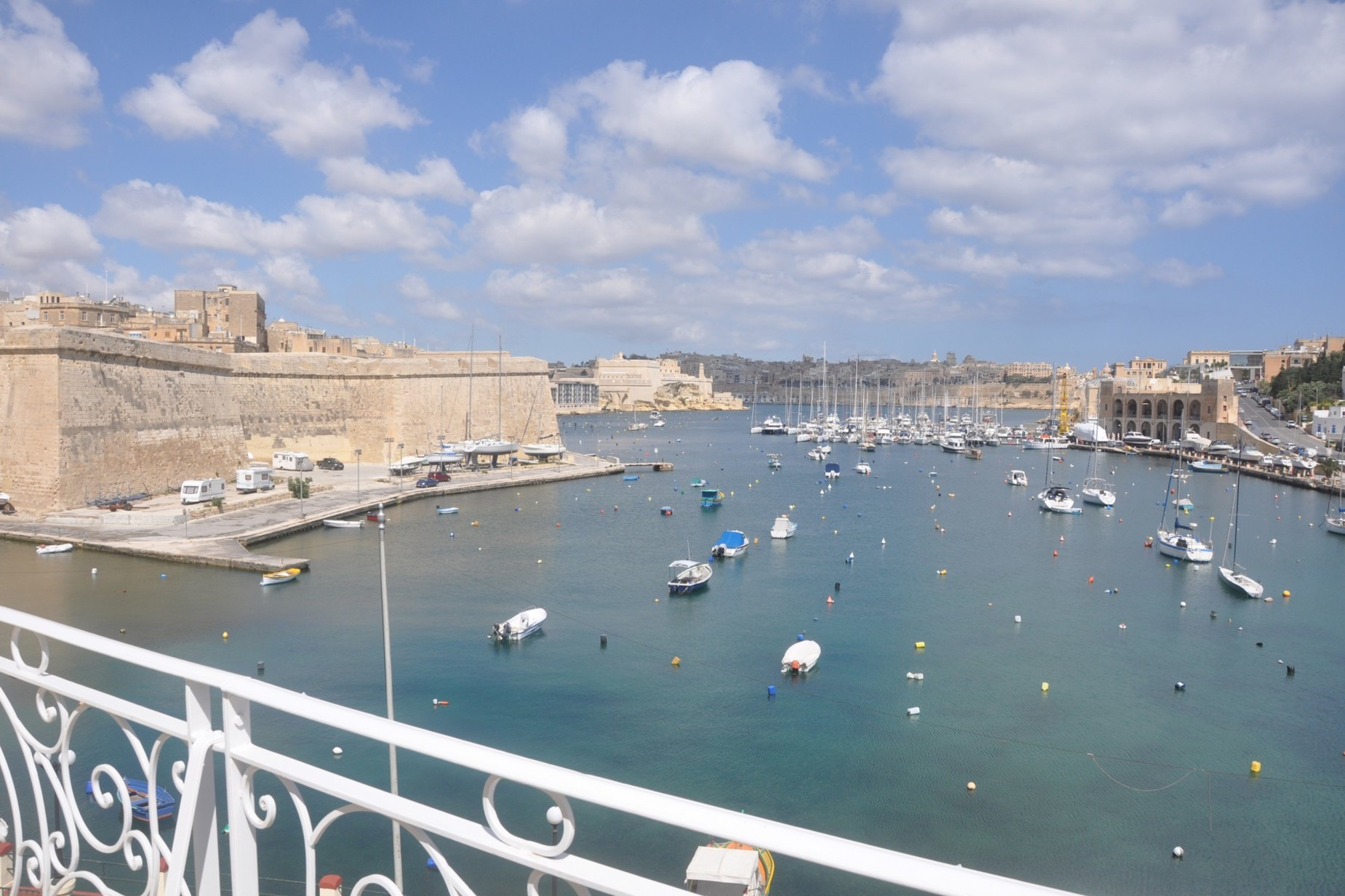 2 bed Penthouse For Rent in Kalkara, Kalkara - thumb 14