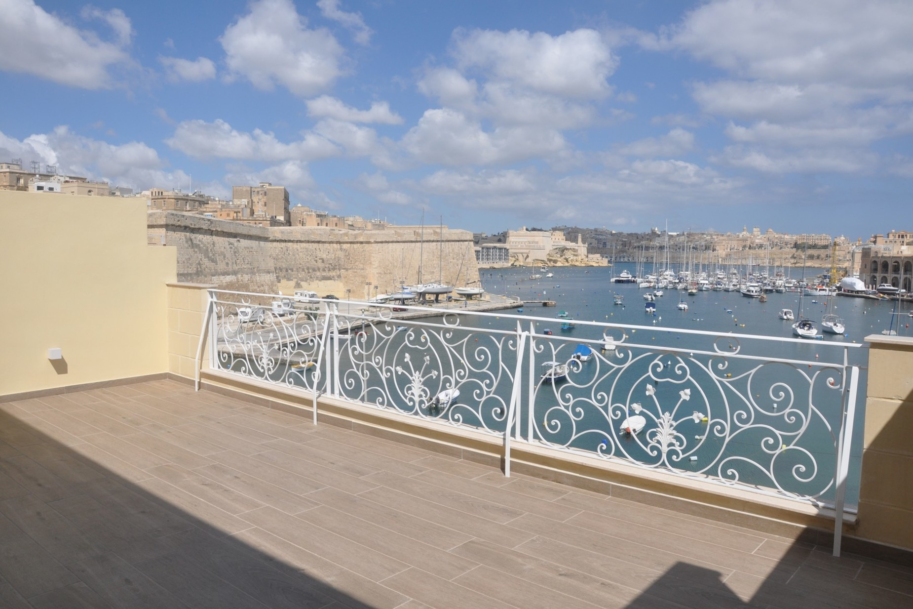 2 bed Penthouse For Rent in Kalkara, Kalkara - thumb 9