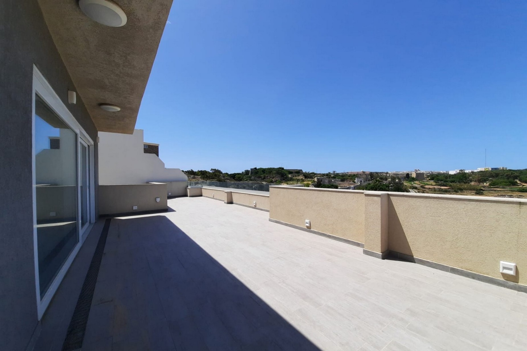 3 bed Penthouse For Rent in Rabat, Rabat - thumb 3
