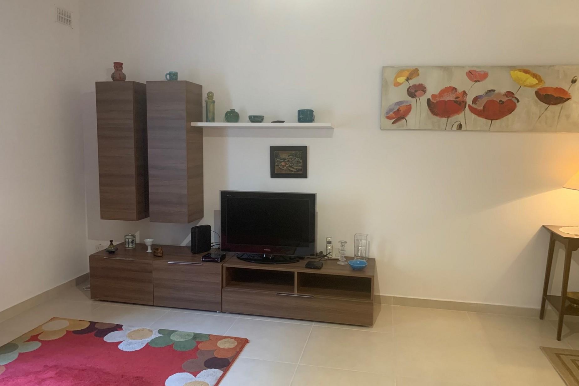2 bed Maisonette For Rent in Sliema, Sliema - thumb 5