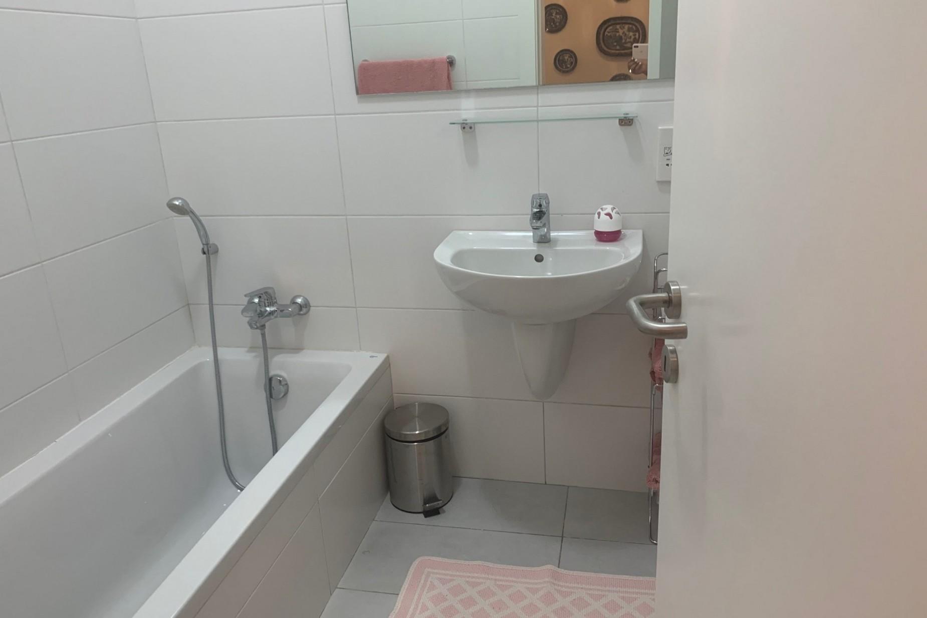 2 bed Maisonette For Rent in Sliema, Sliema - thumb 17