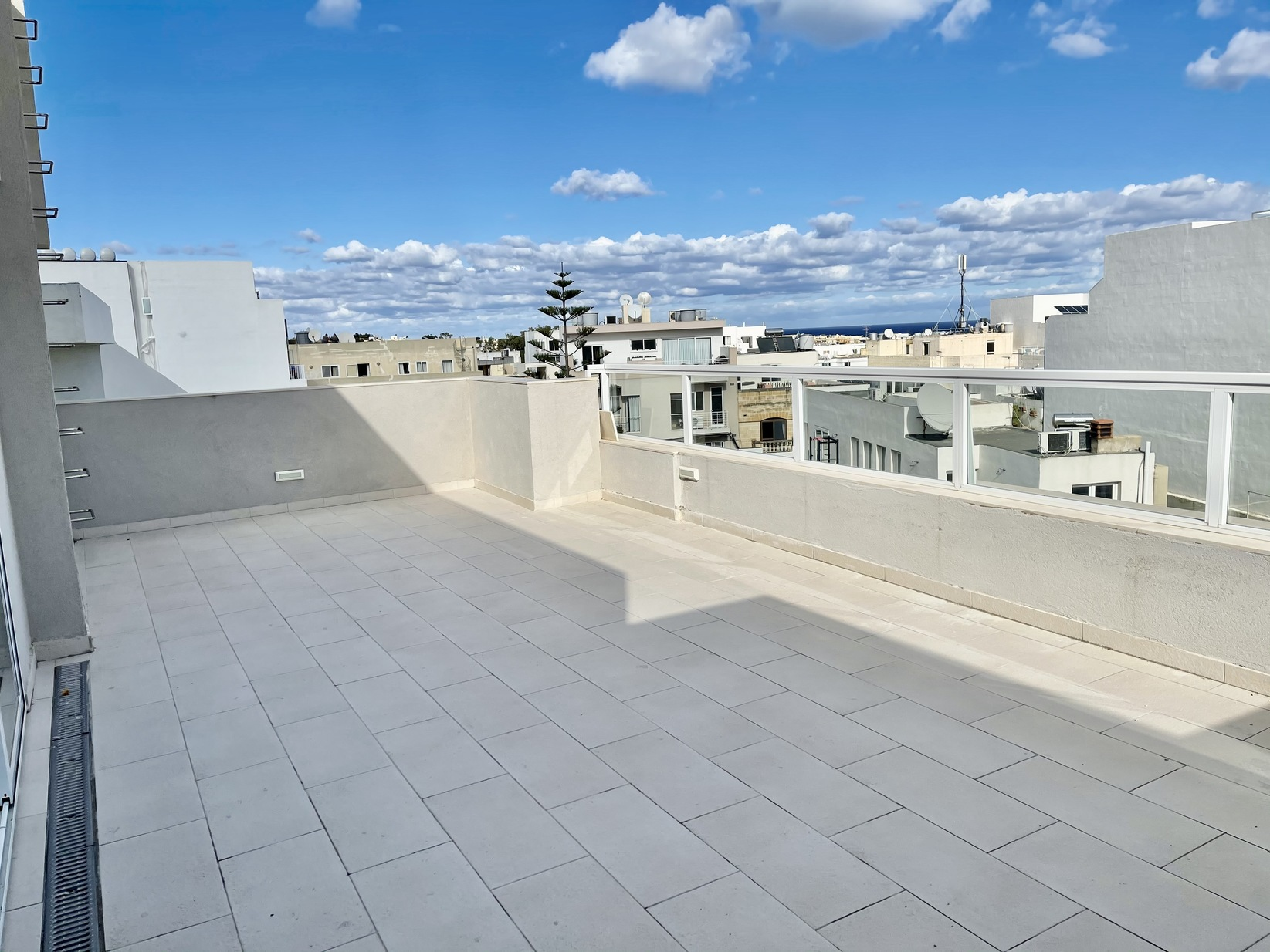 1 bed Penthouse For Rent in Swieqi, Swieqi - thumb 12