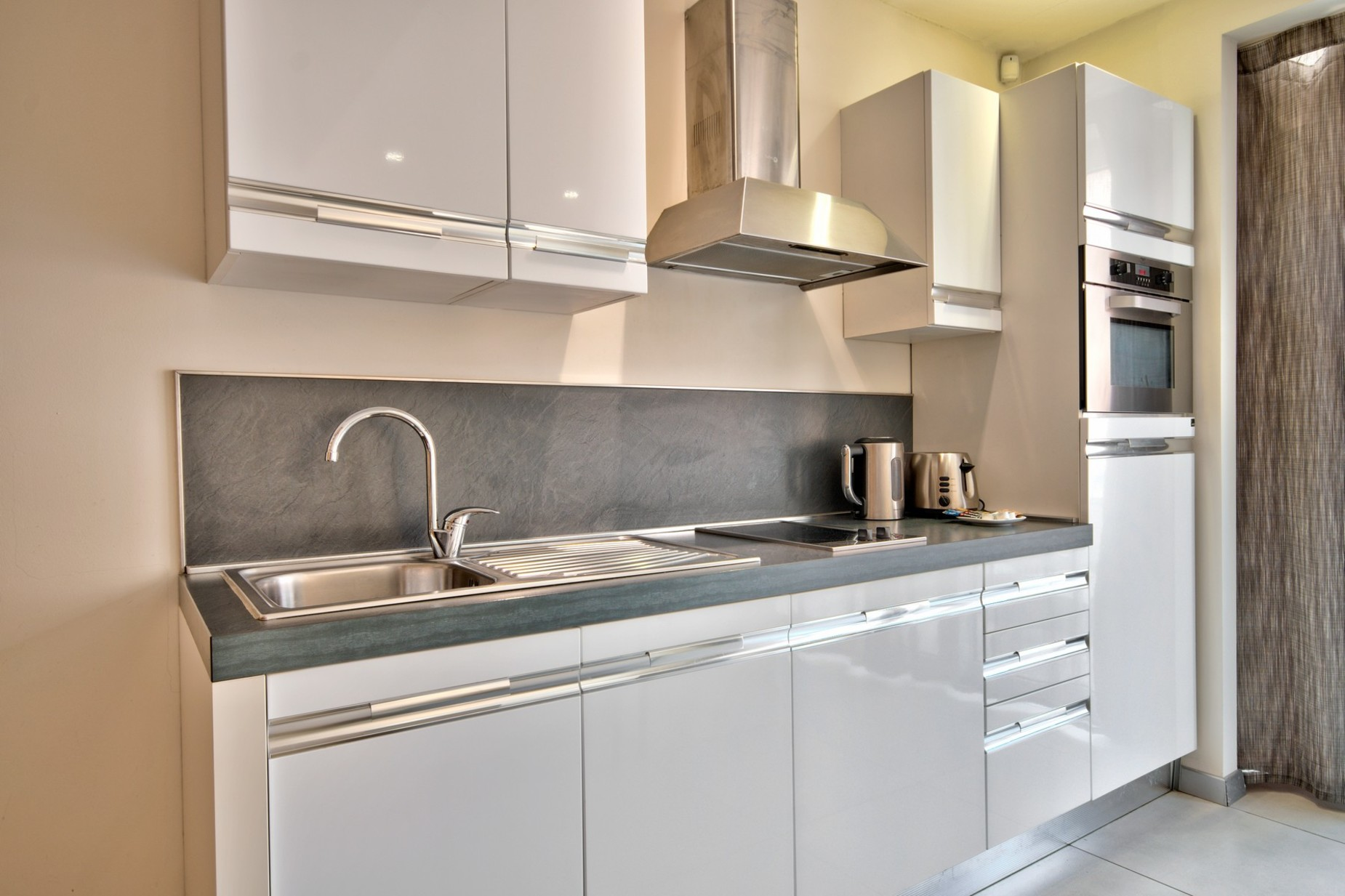 0 bed Apartment For Rent in St Julian's, St Julian's - thumb 6