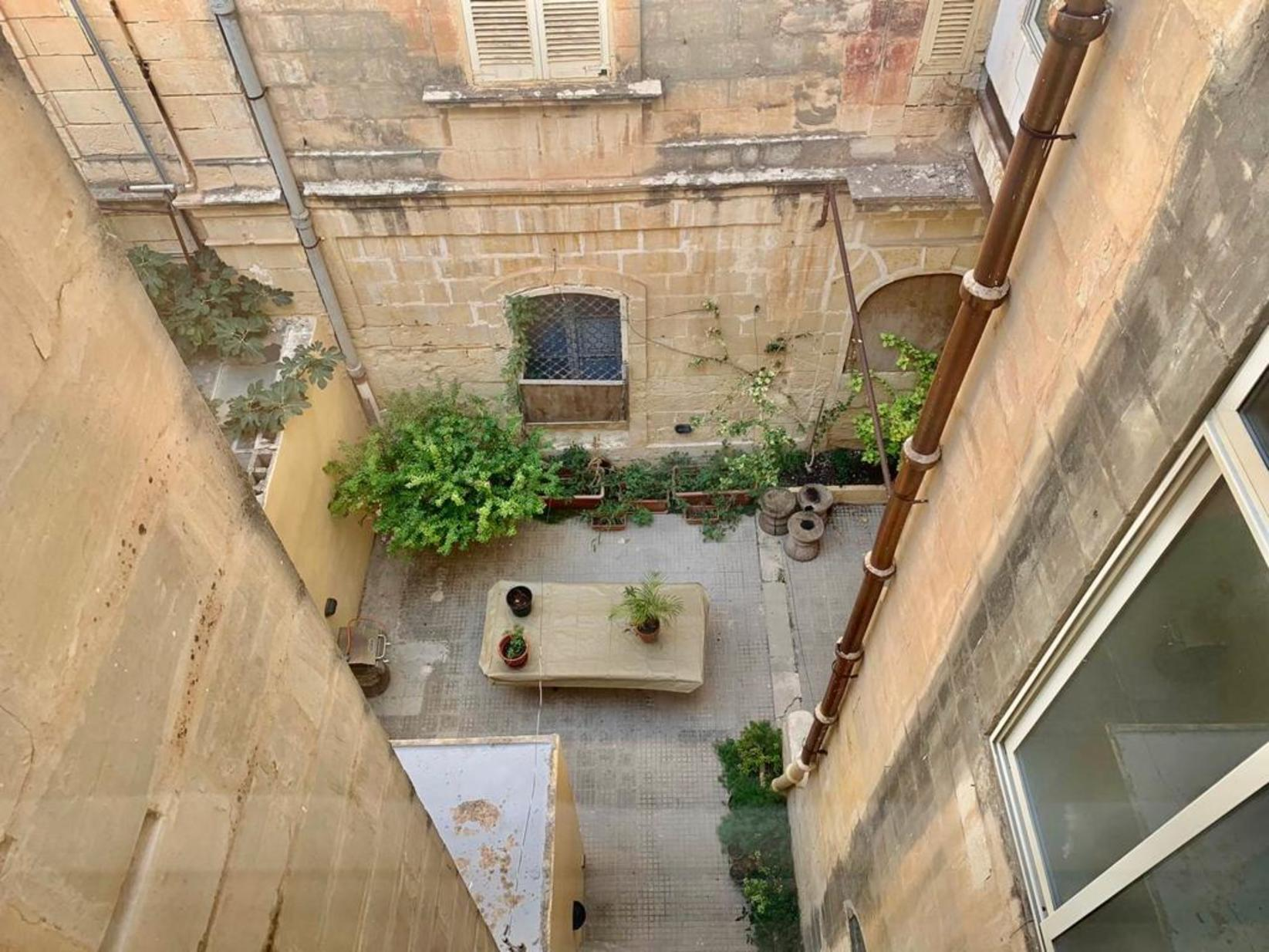 3 bed Town House For Rent in Sliema, Sliema - thumb 16