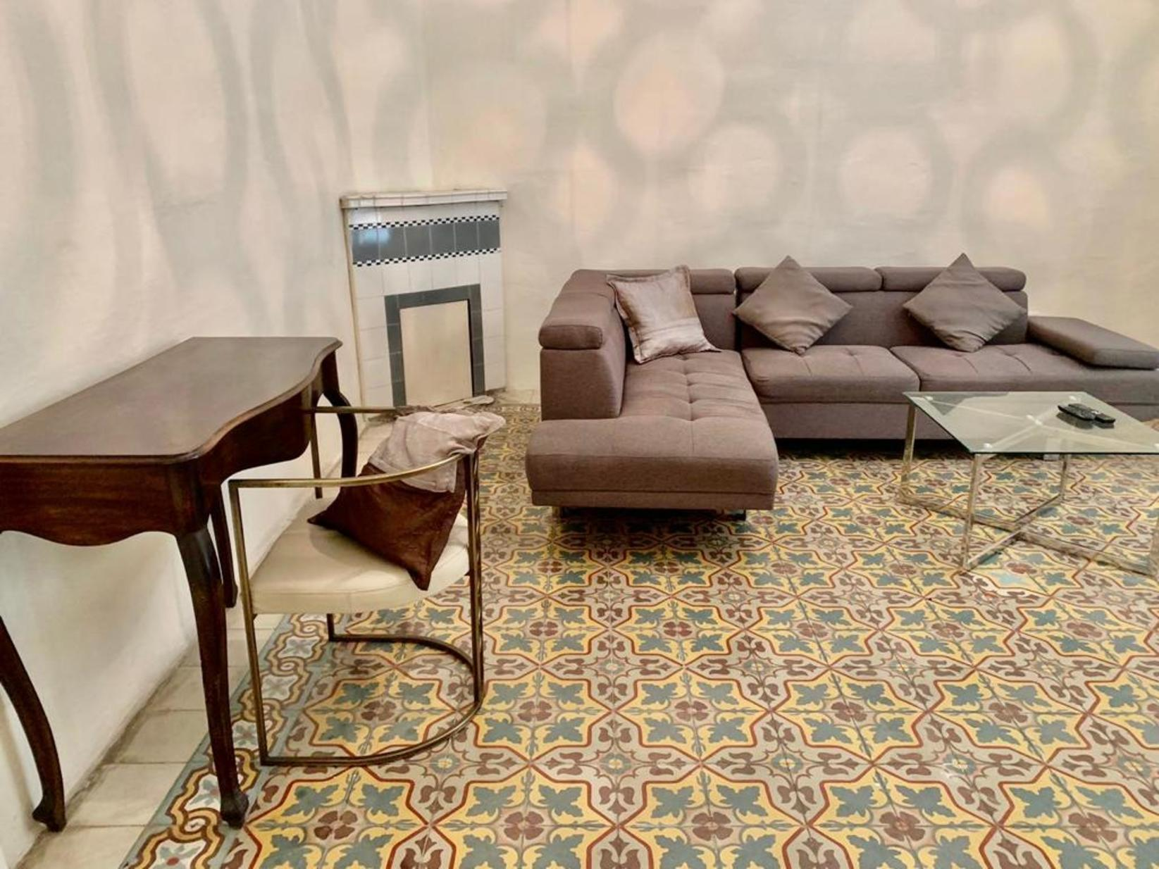 3 bed Town House For Rent in Sliema, Sliema - thumb 2