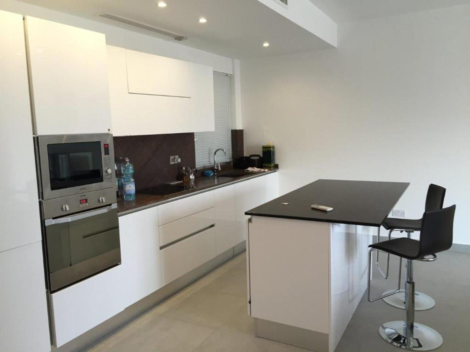 2 bed Apartment For Rent in St Julians, St Julian's - thumb 6