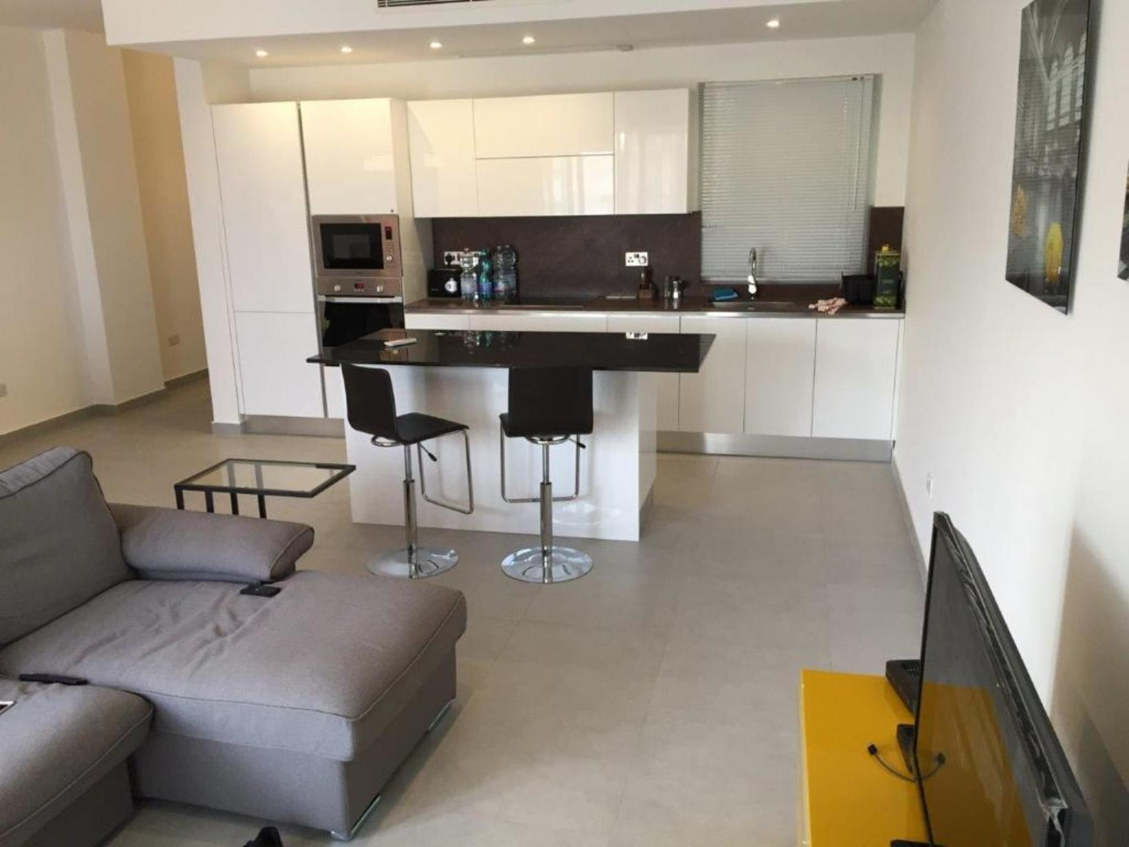 2 bed Apartment For Rent in St Julians, St Julian's - thumb 5