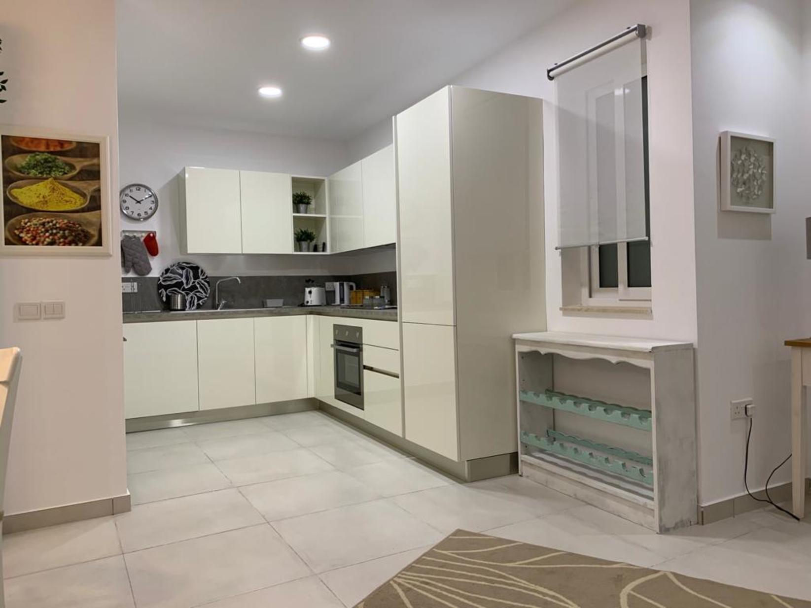 1 bed Apartment For Rent in Sliema, Sliema - thumb 8