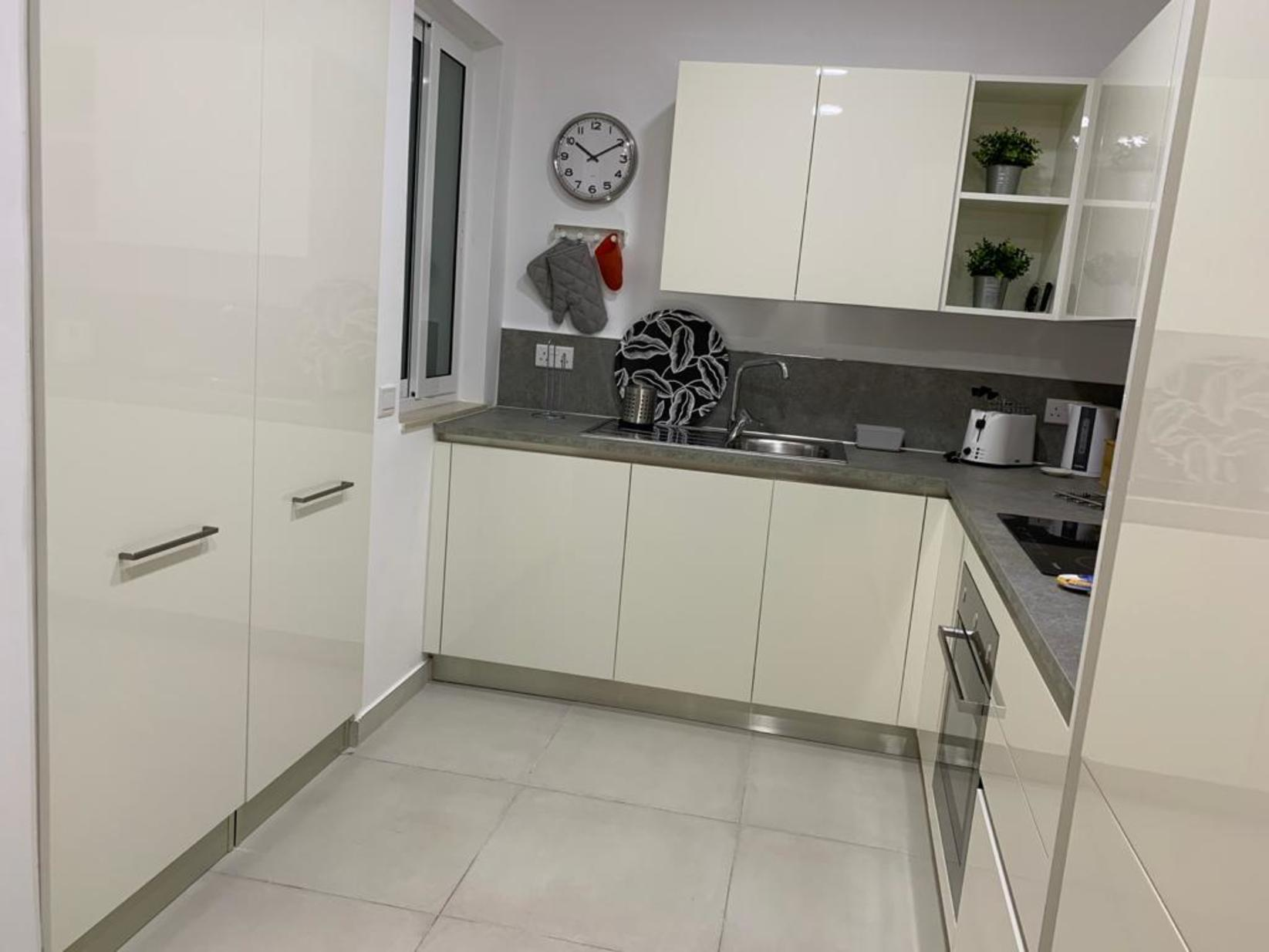 1 bed Apartment For Rent in Sliema, Sliema - thumb 9