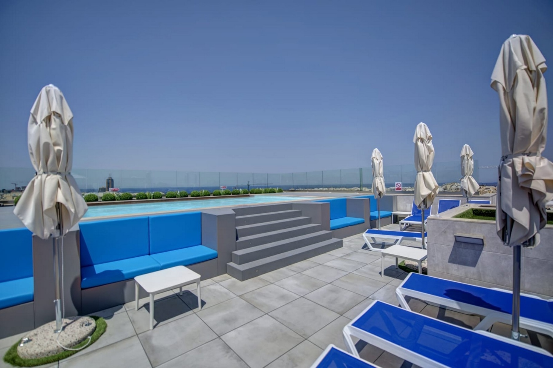 3 bed Penthouse For Rent in St. Julians, St Julian's - thumb 2