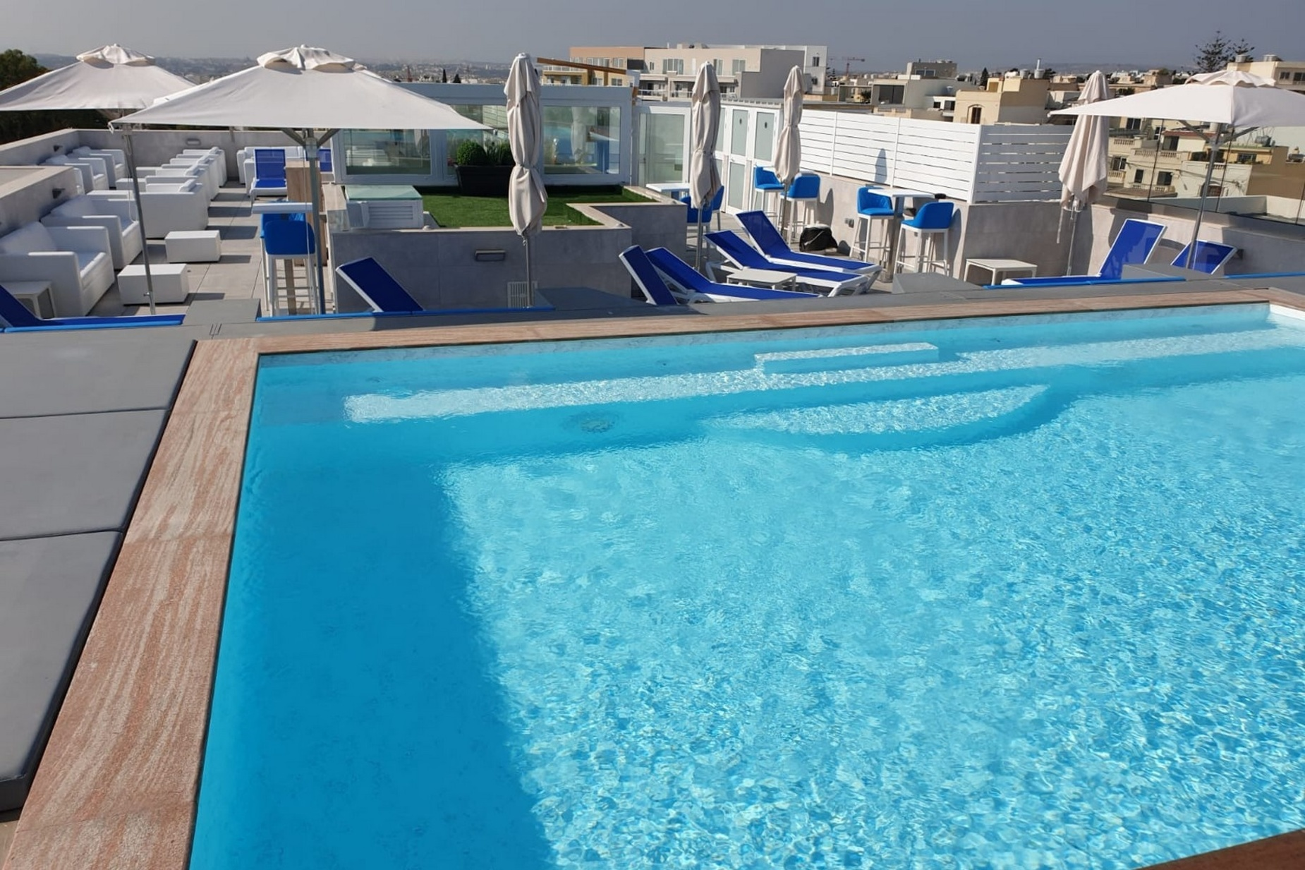 3 bed Penthouse For Rent in St. Julians, St Julian's - thumb 12