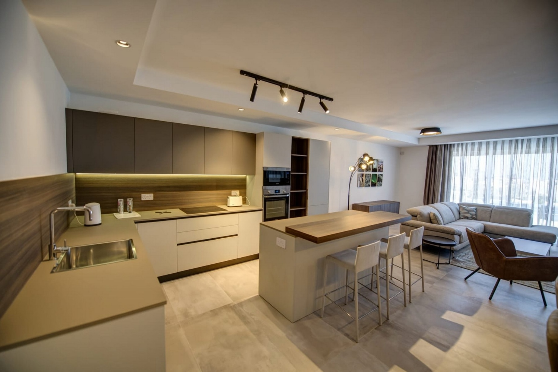 3 bed Penthouse For Rent in St. Julians, St Julian's - thumb 4