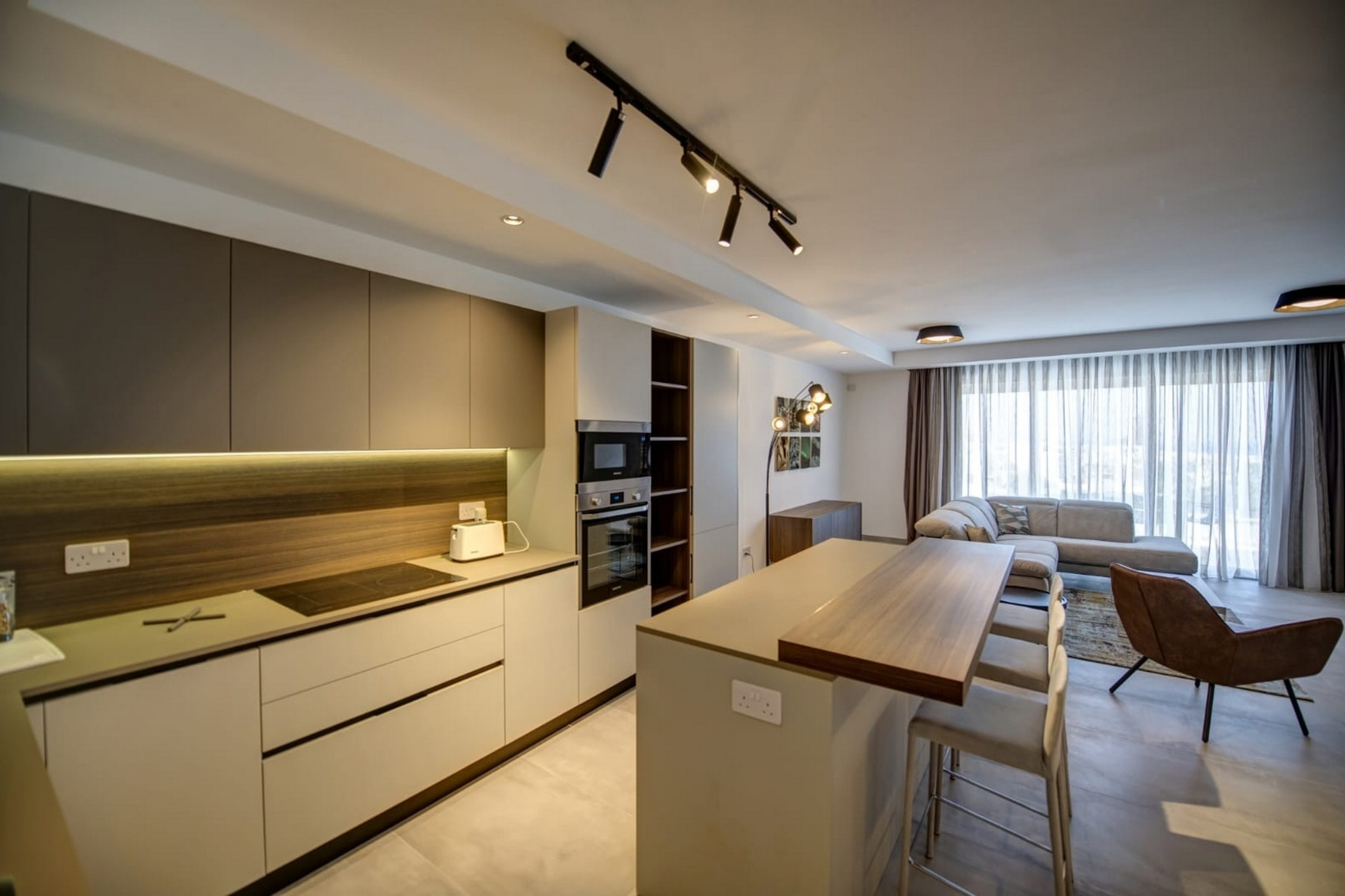 3 bed Penthouse For Rent in St. Julians, St Julian's - thumb 10