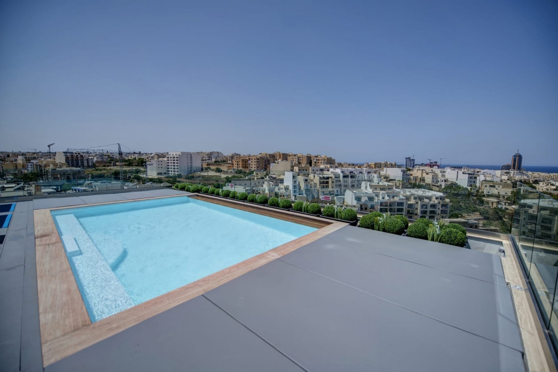 3 bed Penthouse For Rent in St. Julians, St Julian's - thumb 13