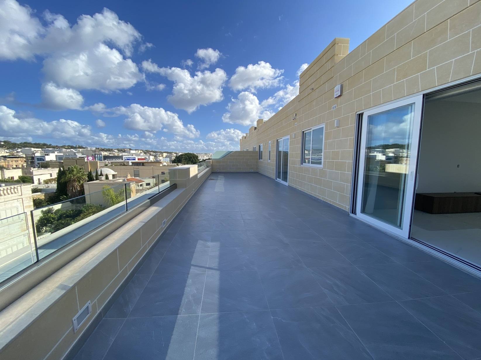 2 bed Penthouse For Rent in Lija, Lija - thumb 2