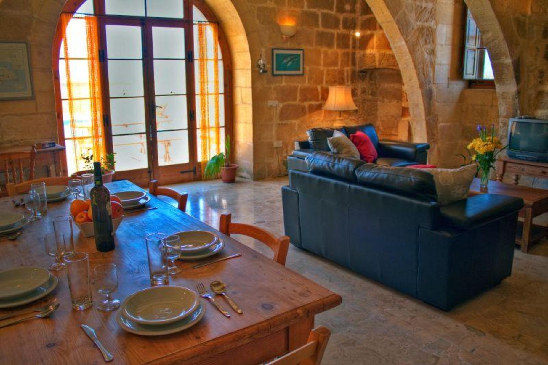2 bed Villa For Sale in San Lawrenz, San Lawrenz - thumb 4