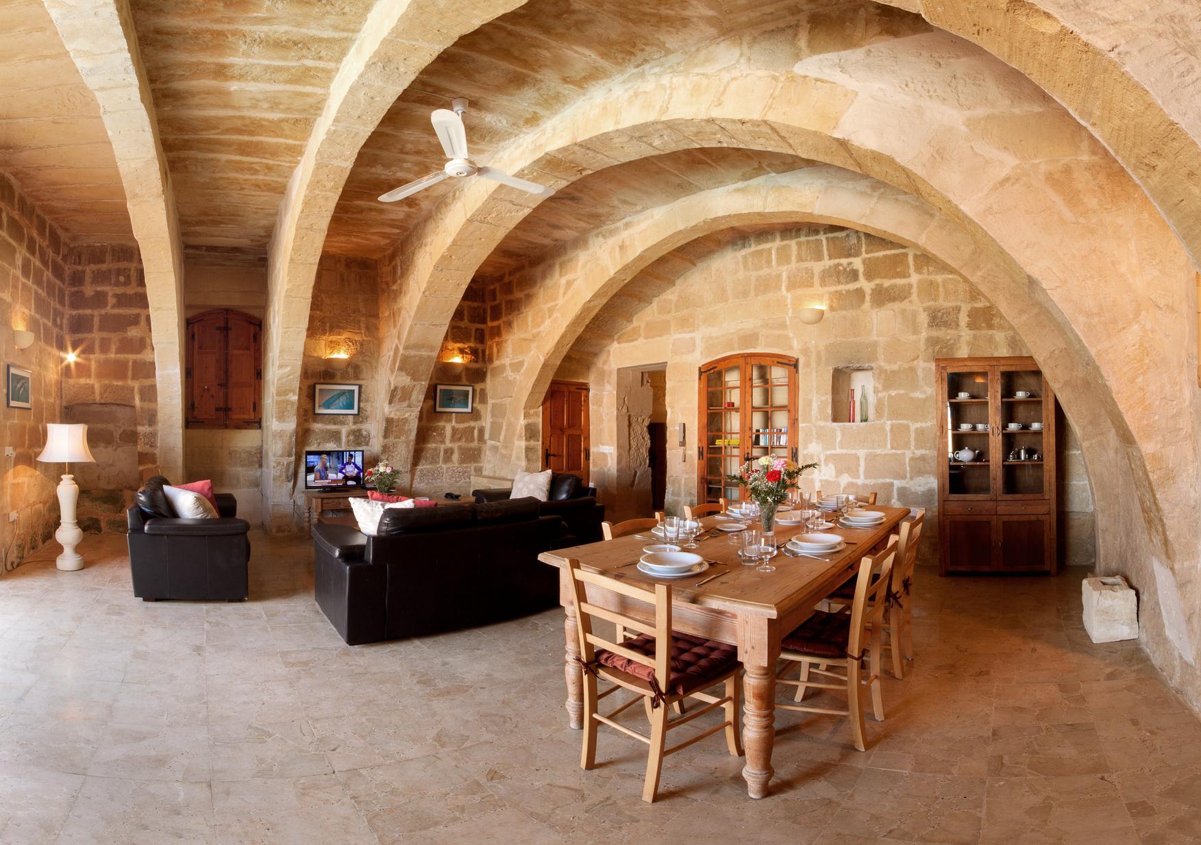 2 bed Villa For Sale in San Lawrenz, San Lawrenz - thumb 3