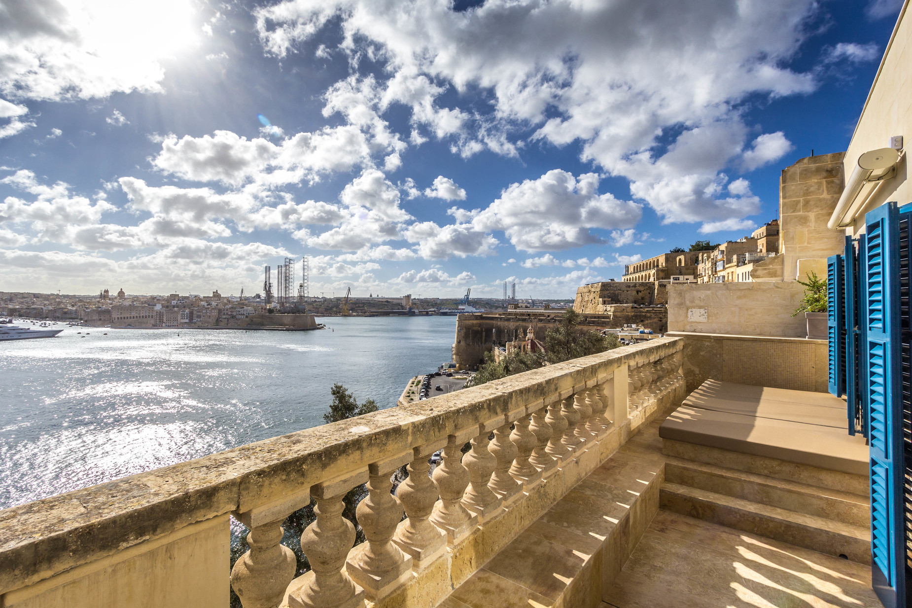 1 bed Penthouse For Rent in Valletta, Valletta - thumb 11