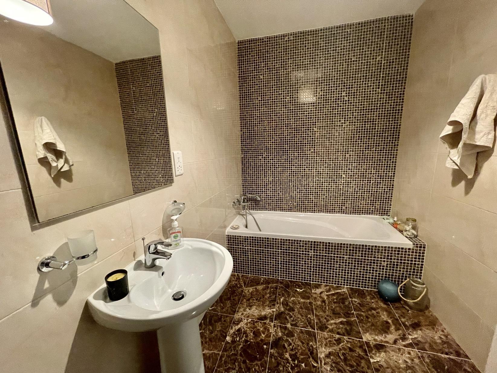 3 bed Apartment For Rent in Bahar Ic-Caghaq, Bahar ic-Caghaq - thumb 16