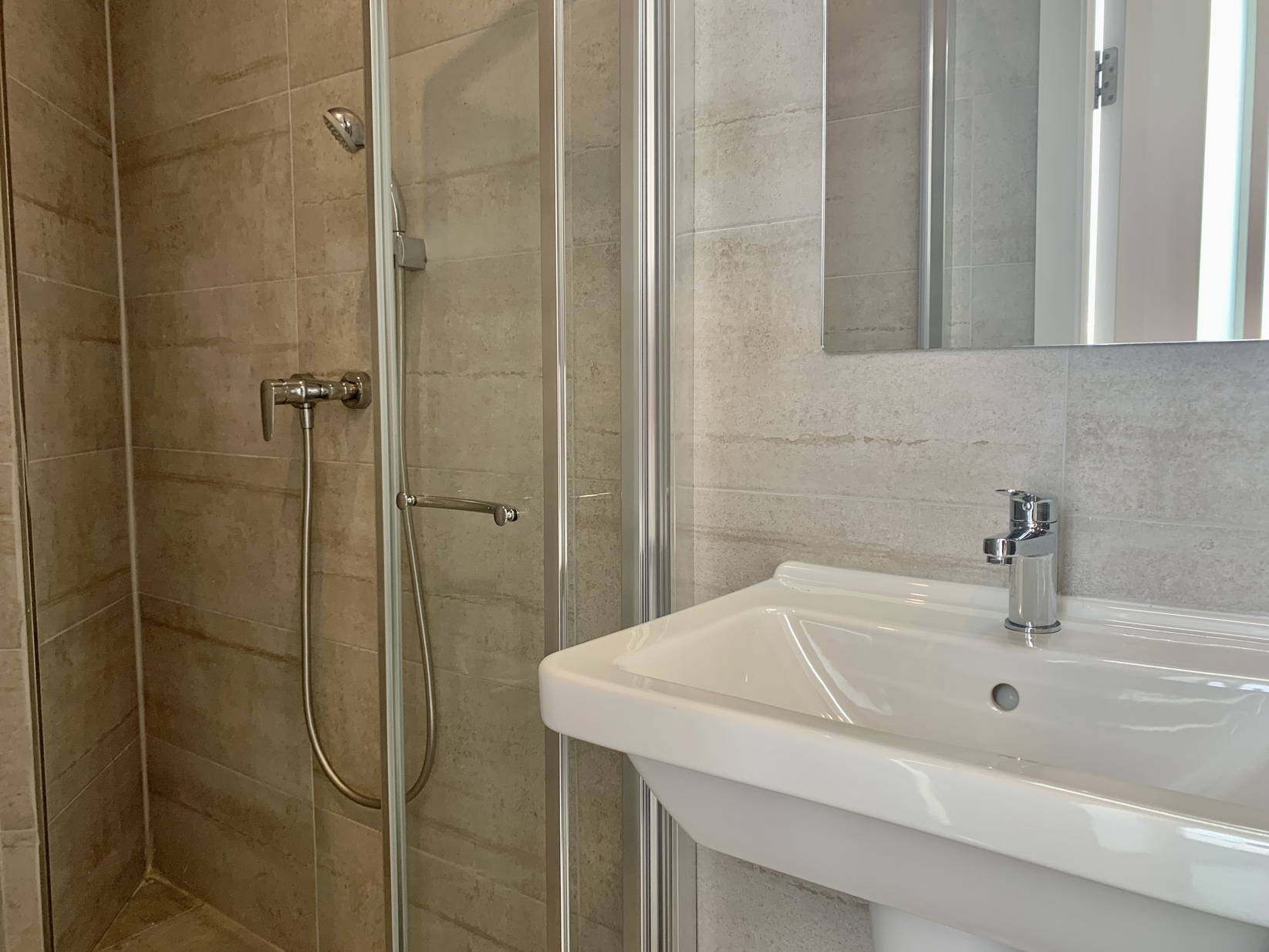 3 bed Penthouse For Rent in Swieqi, Swieqi - thumb 16