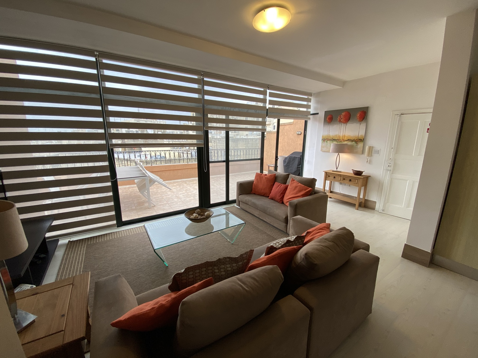 3 bed Penthouse For Rent in St. Julian's, St Julian's - thumb 2