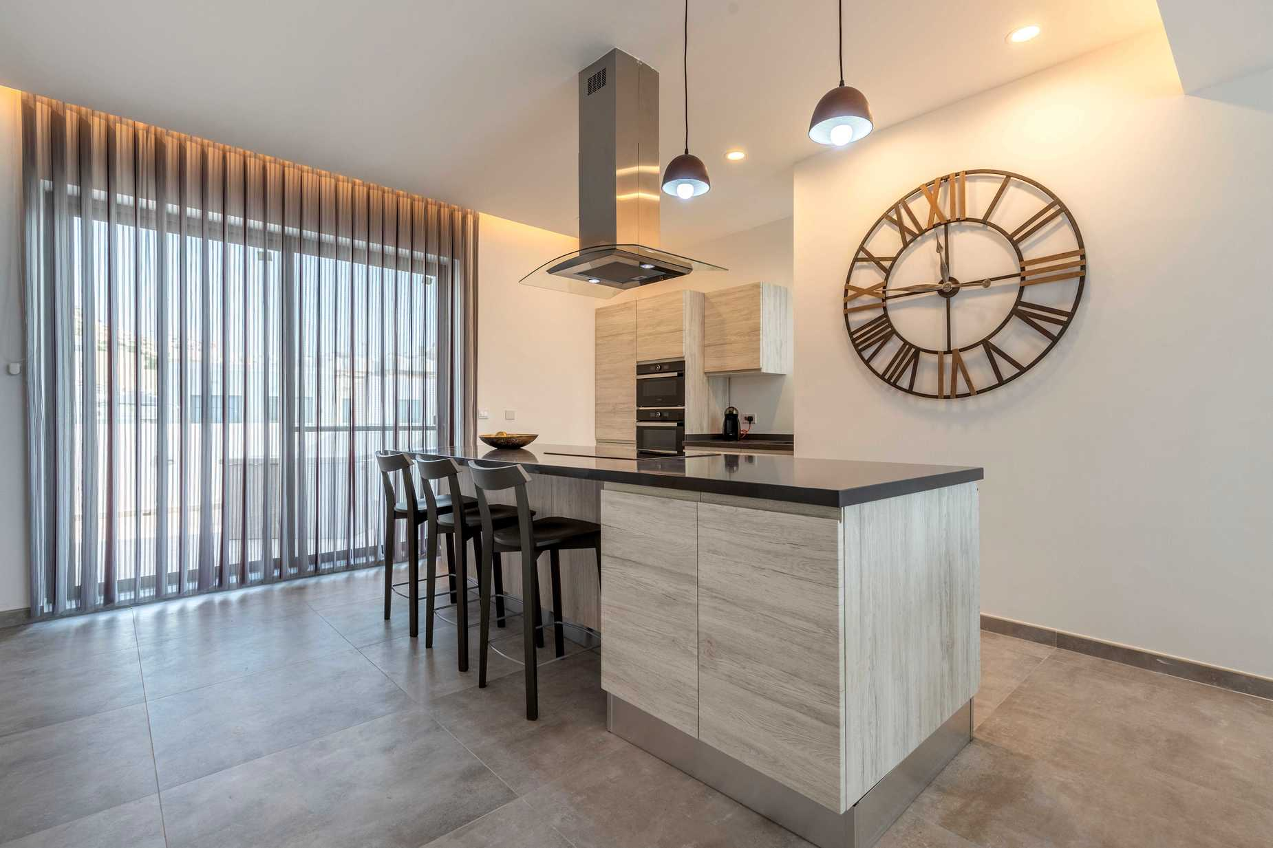 3 bed Penthouse For Rent in Mellieha, Mellieha - thumb 5