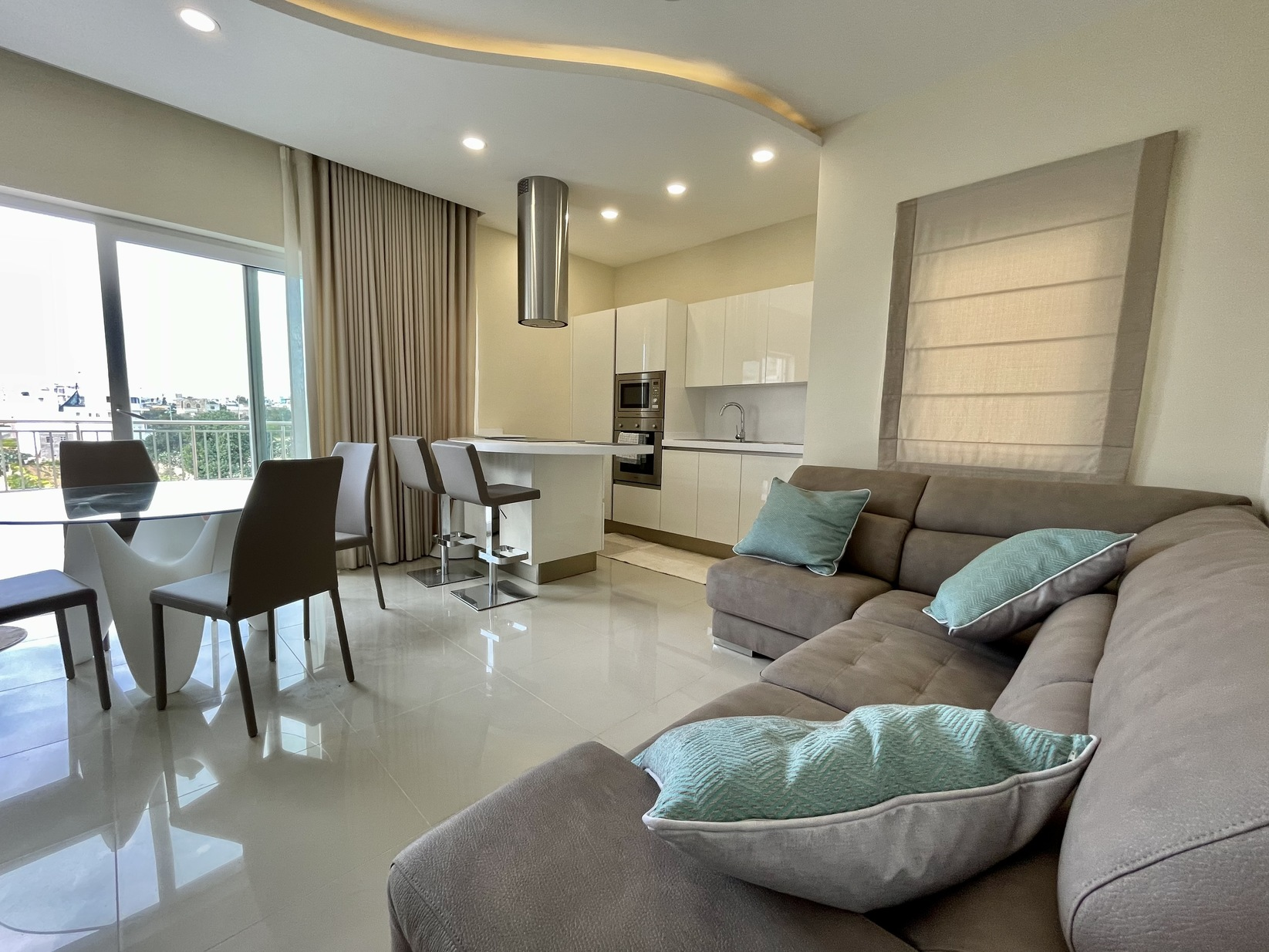 2 bed Penthouse For Rent in St. Julian's, St Julian's - thumb 3