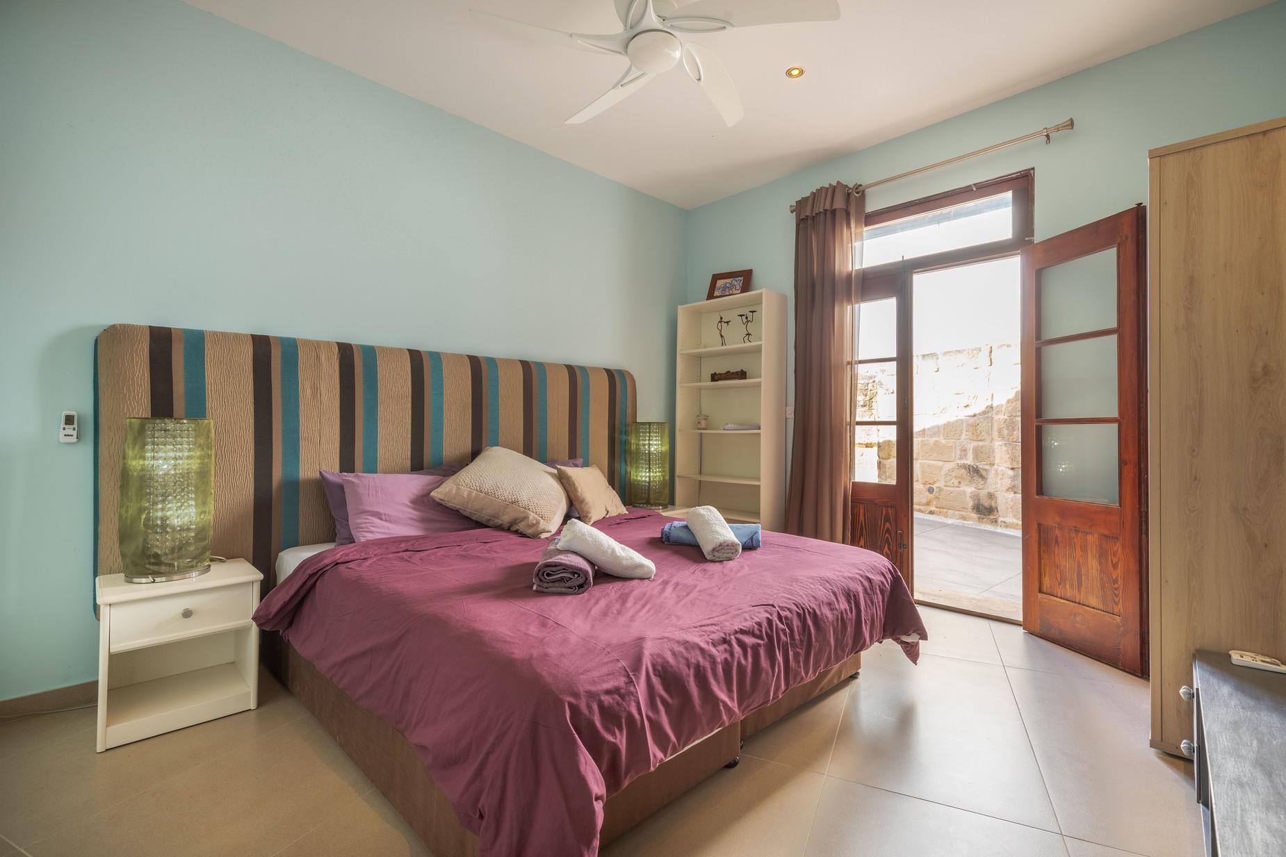 5 bed Villa For Sale in Zebbug, Zebbug - thumb 11