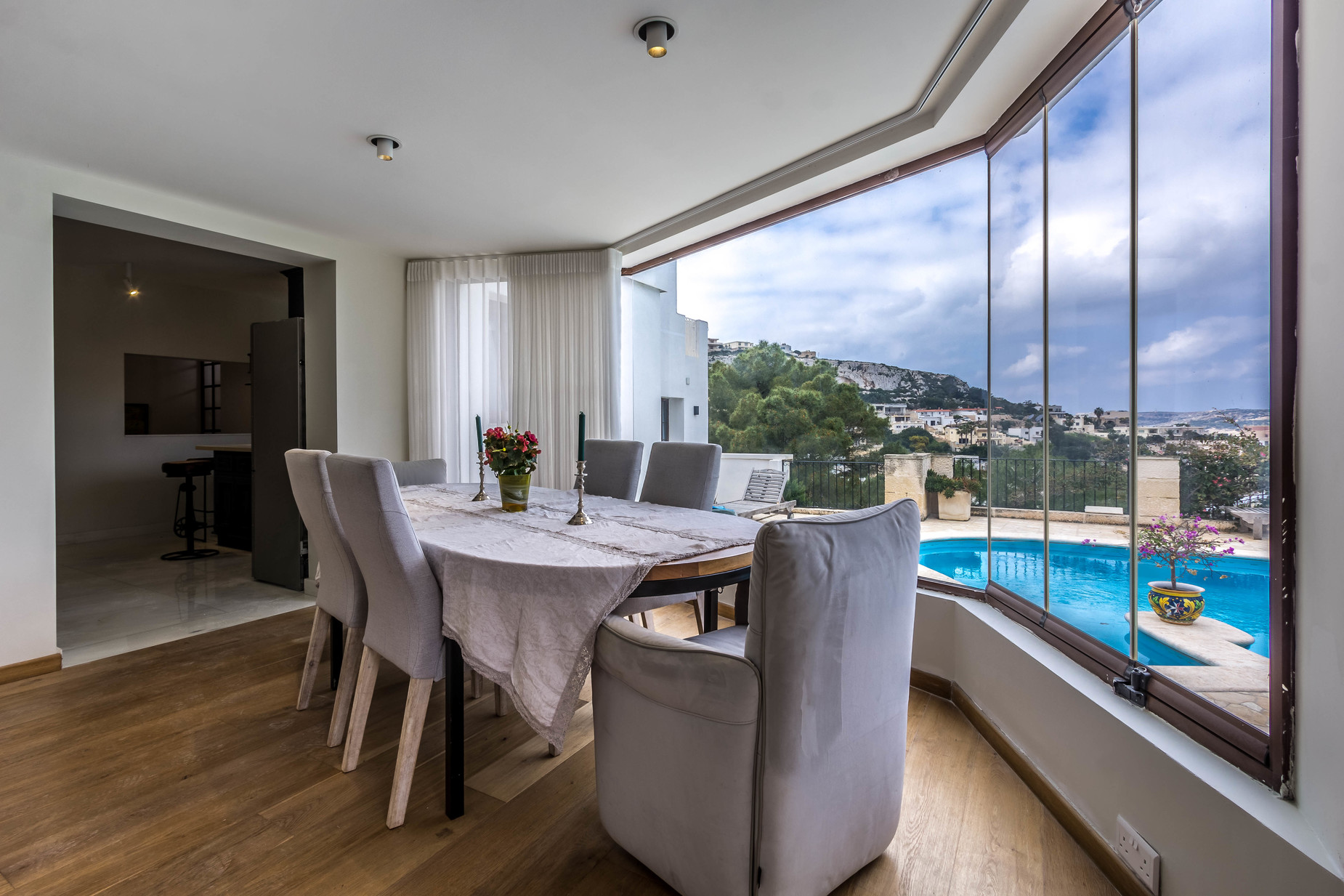 4 bed Villa For Rent in Mellieha, Mellieha - thumb 11