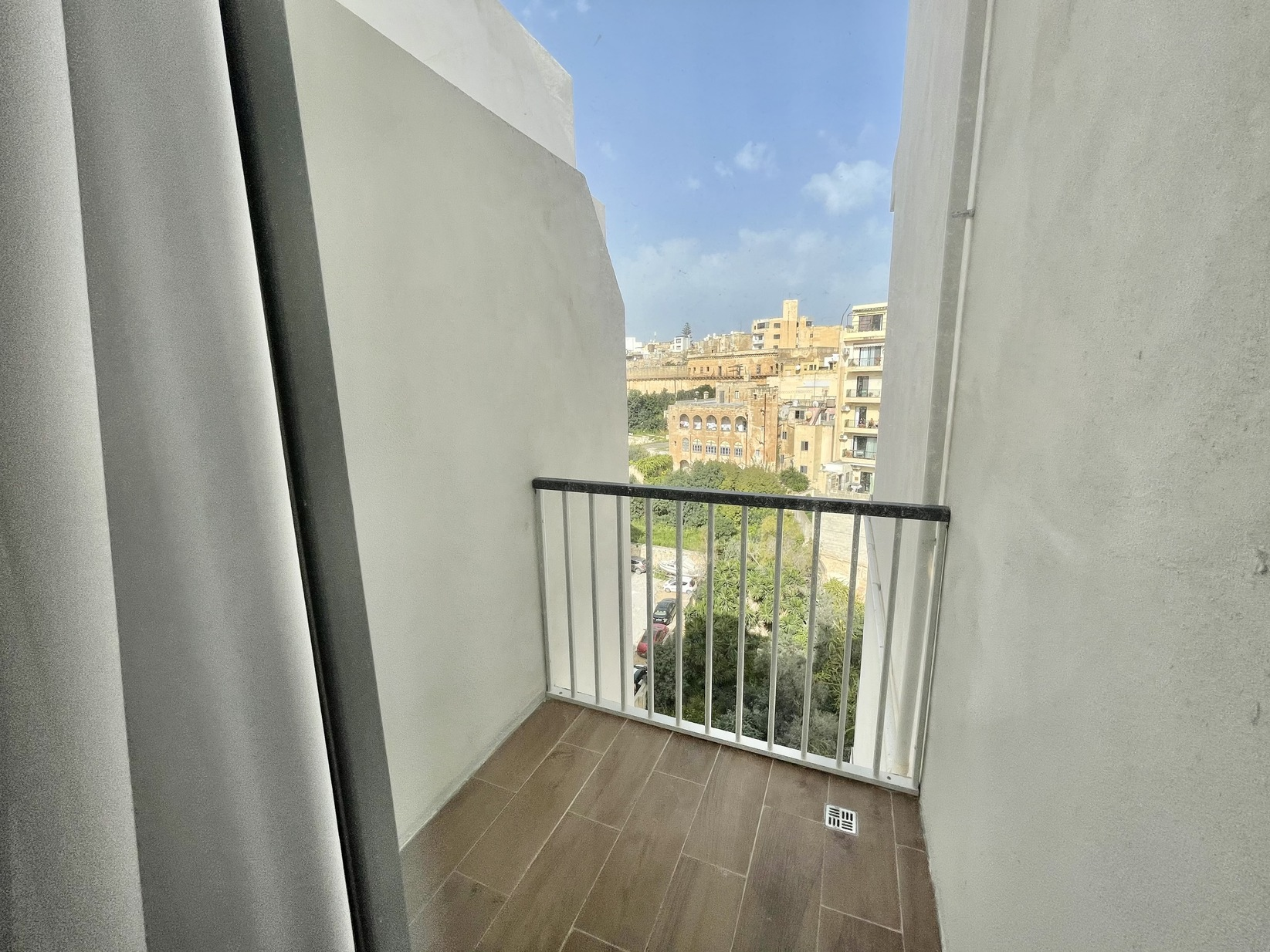 2 bed Apartment For Rent in Sliema, Sliema - thumb 11