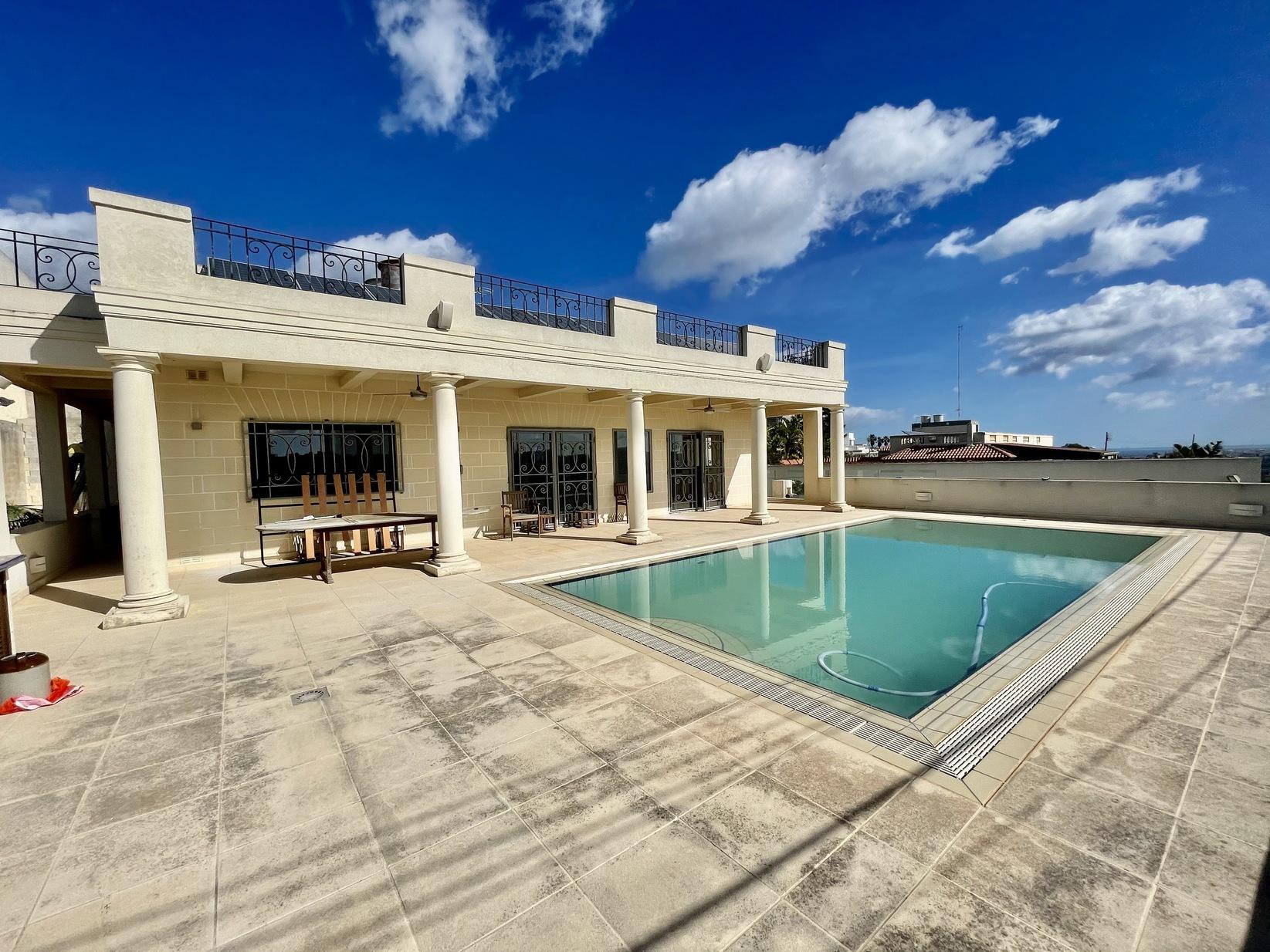 6 bed Villa For Sale in Swieqi, Swieqi - thumb 3