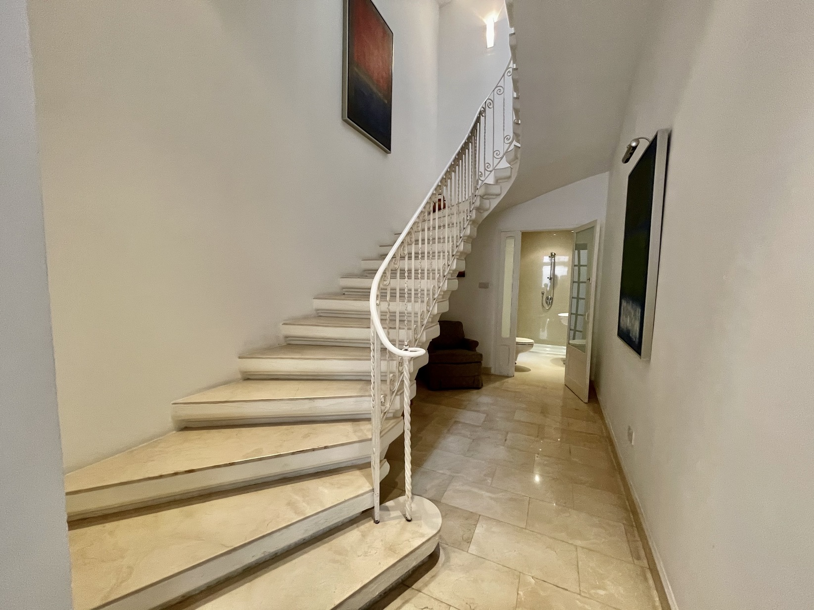2 bed Town House For Rent in Sliema, Sliema - thumb 8