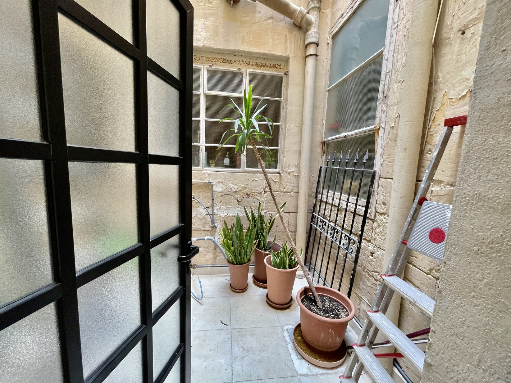 2 bed Town House For Rent in Sliema, Sliema - thumb 10