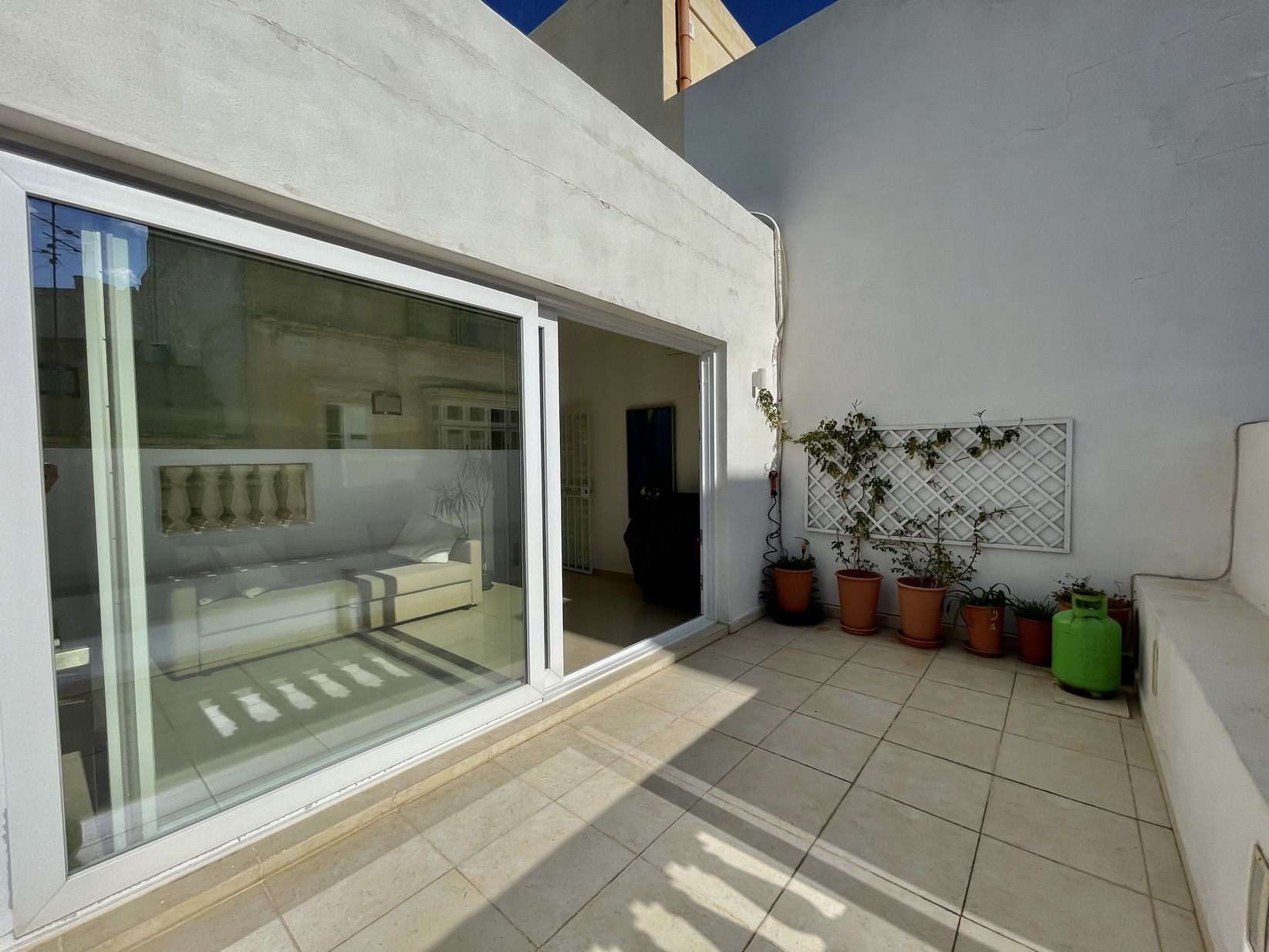 2 bed Town House For Rent in Sliema, Sliema - thumb 20