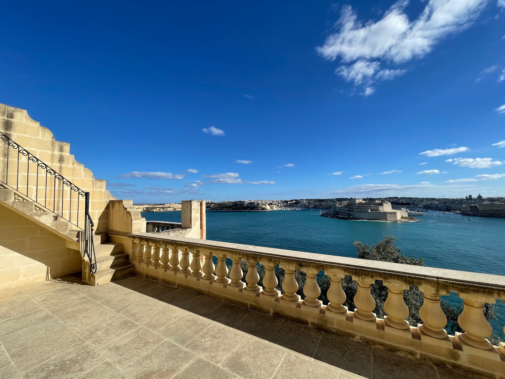 2 bed Maisonette For Rent in Valletta, Valletta - thumb 4
