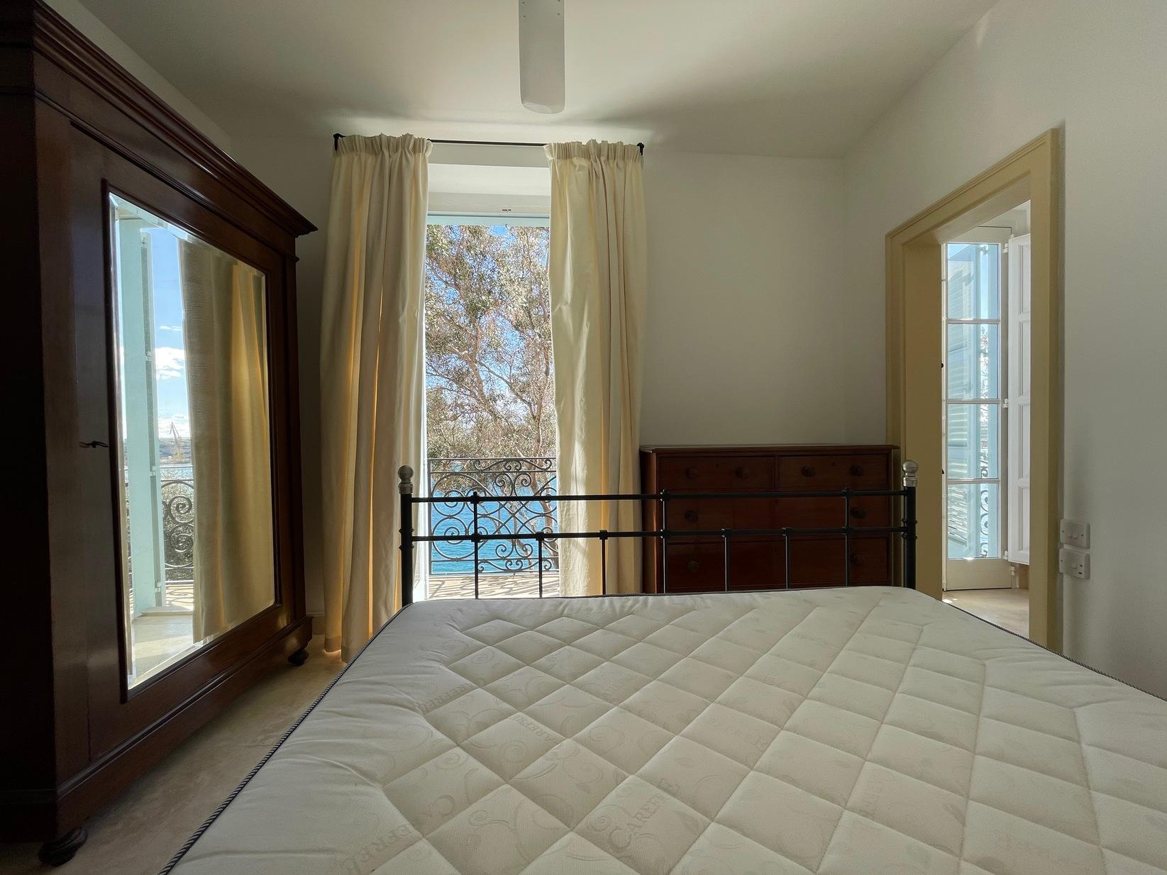 2 bed Maisonette For Rent in Valletta, Valletta - thumb 15