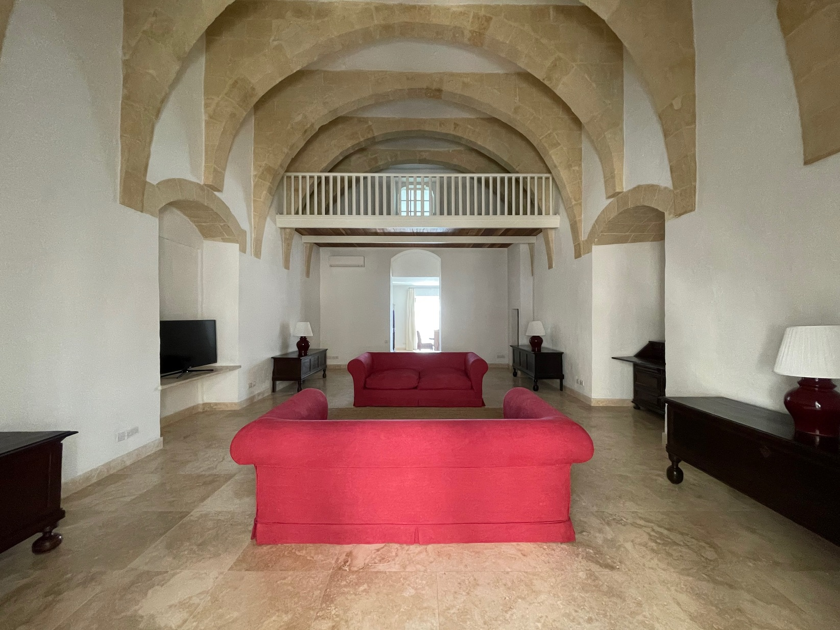 2 bed Maisonette For Rent in Valletta, Valletta - thumb 2