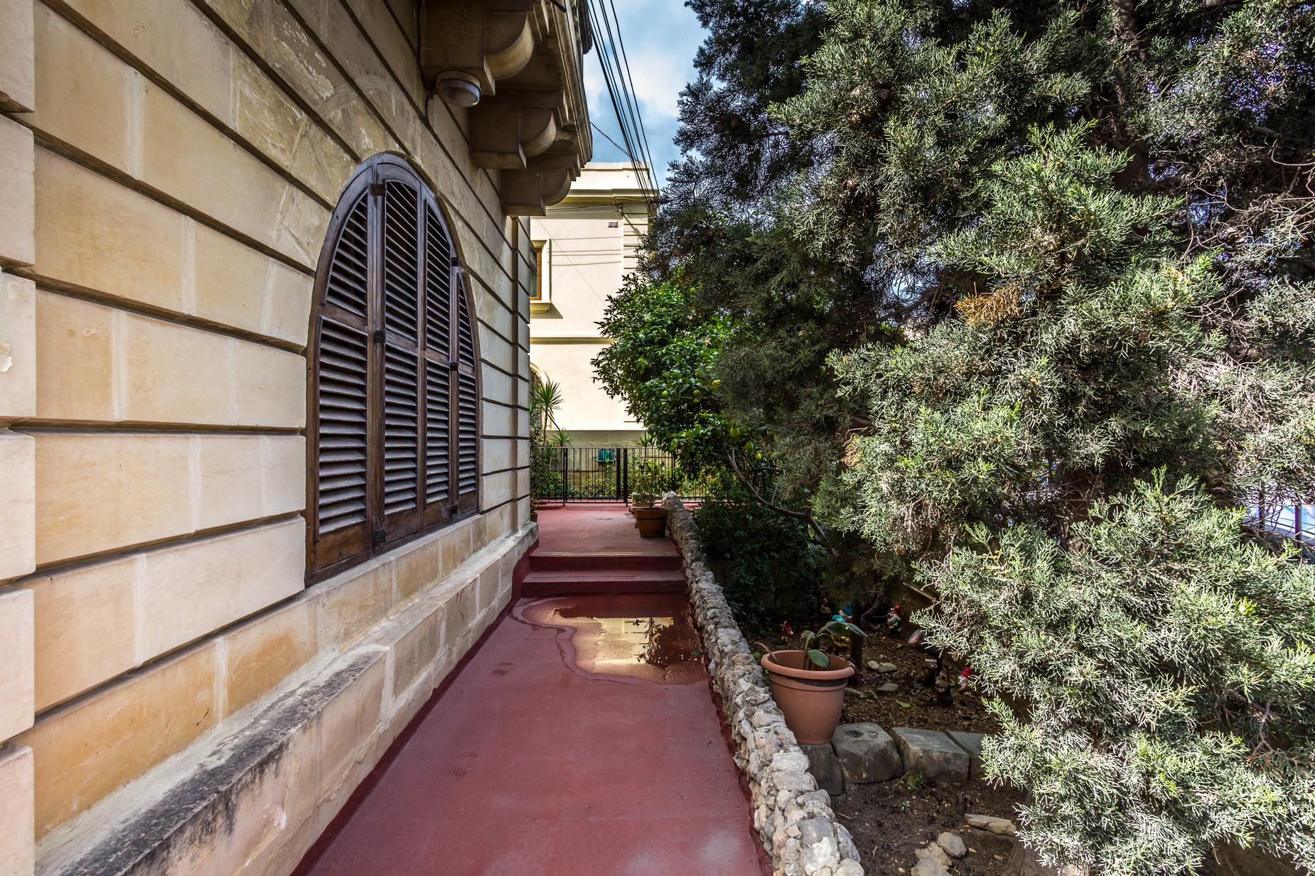 4 bed Villa For Sale in Kappara, San Gwann - thumb 6