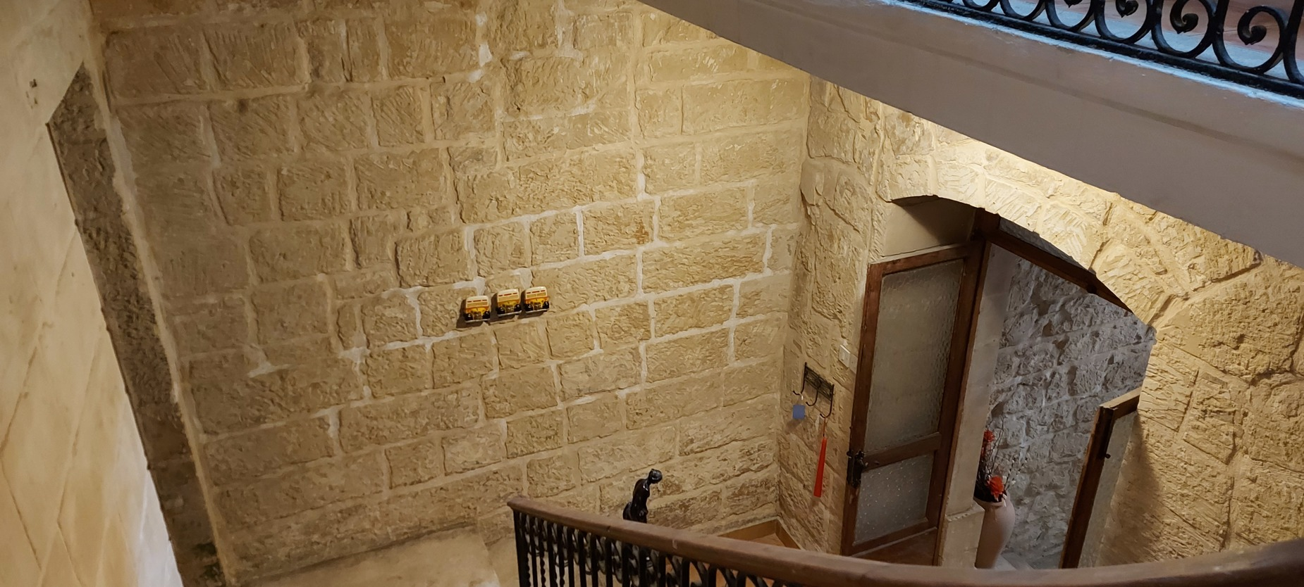 5 bed Town House For Sale in Valletta, Valletta - thumb 2
