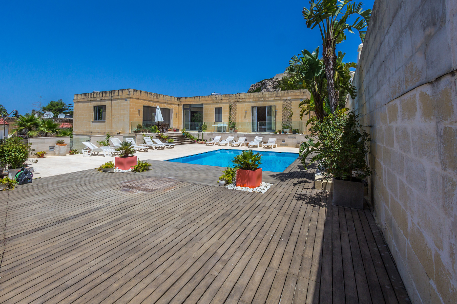 6 bed Villa For Rent in Mellieha,  - thumb 11