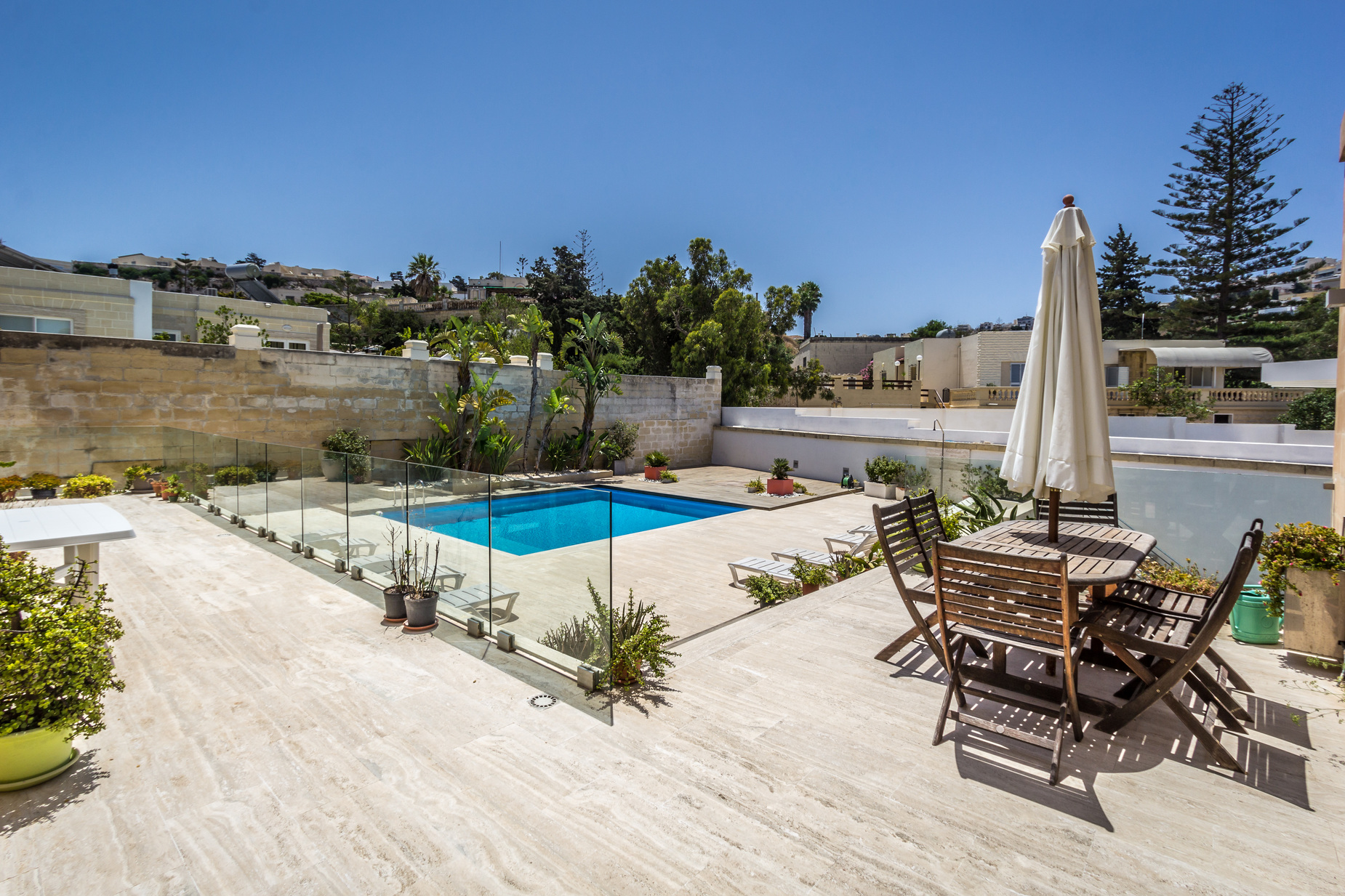 6 bed Villa For Rent in Mellieha,  - thumb 3