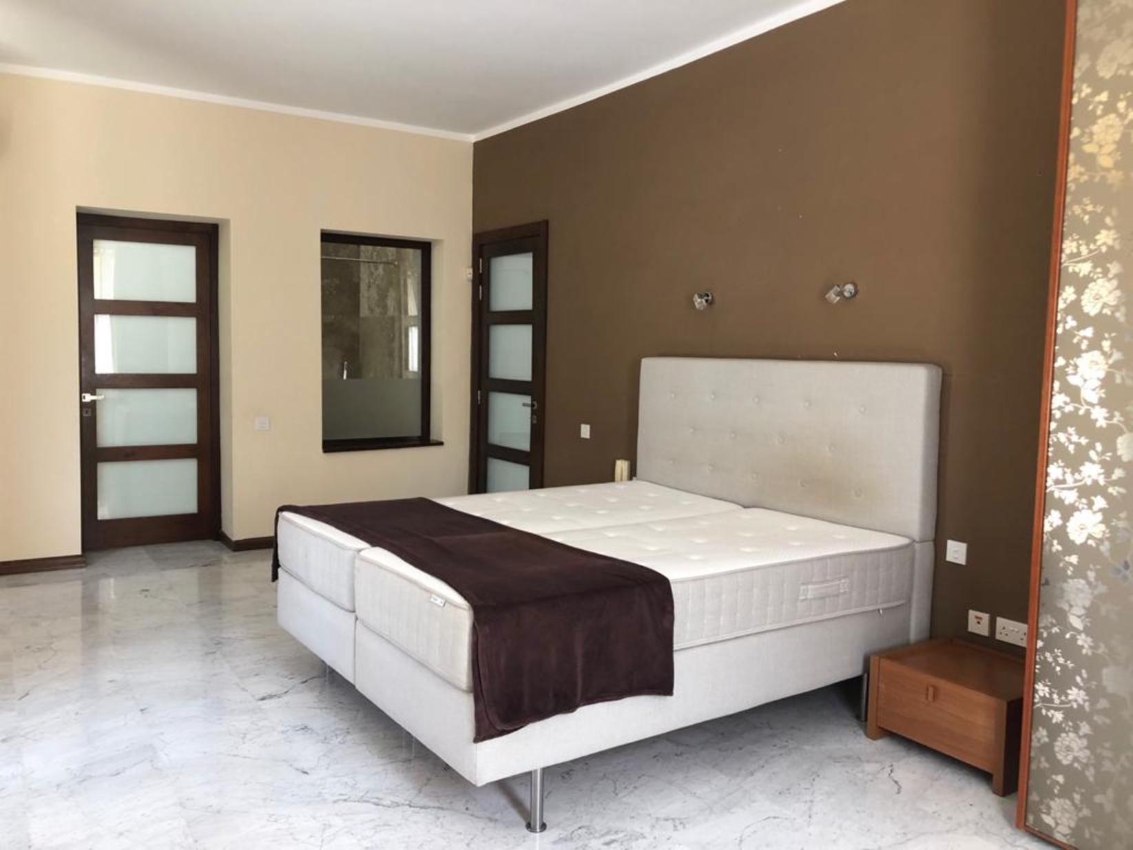 6 bed Villa For Rent in Mellieha,  - thumb 8