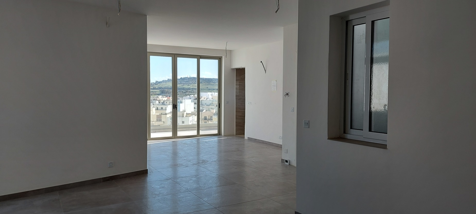 2 bed Penthouse For Sale in St Paul's Bay, St Paul's Bay - thumb 3