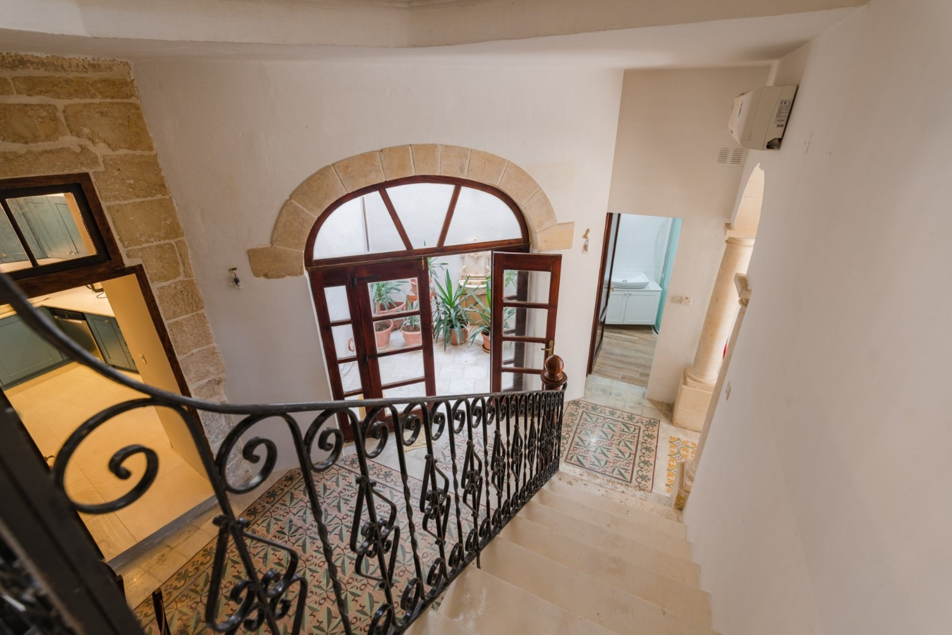 3 bed House of Character For Rent in Gharghur, Gharghur - thumb 2