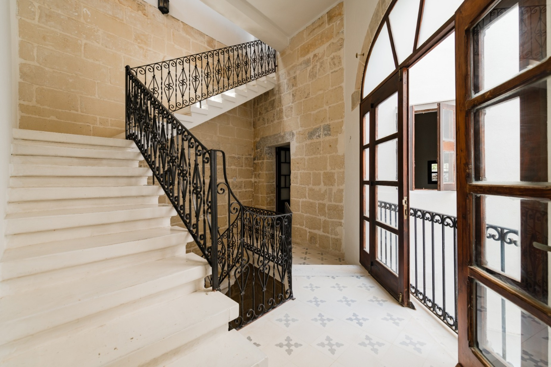 3 bed House of Character For Rent in Gharghur, Gharghur - thumb 8