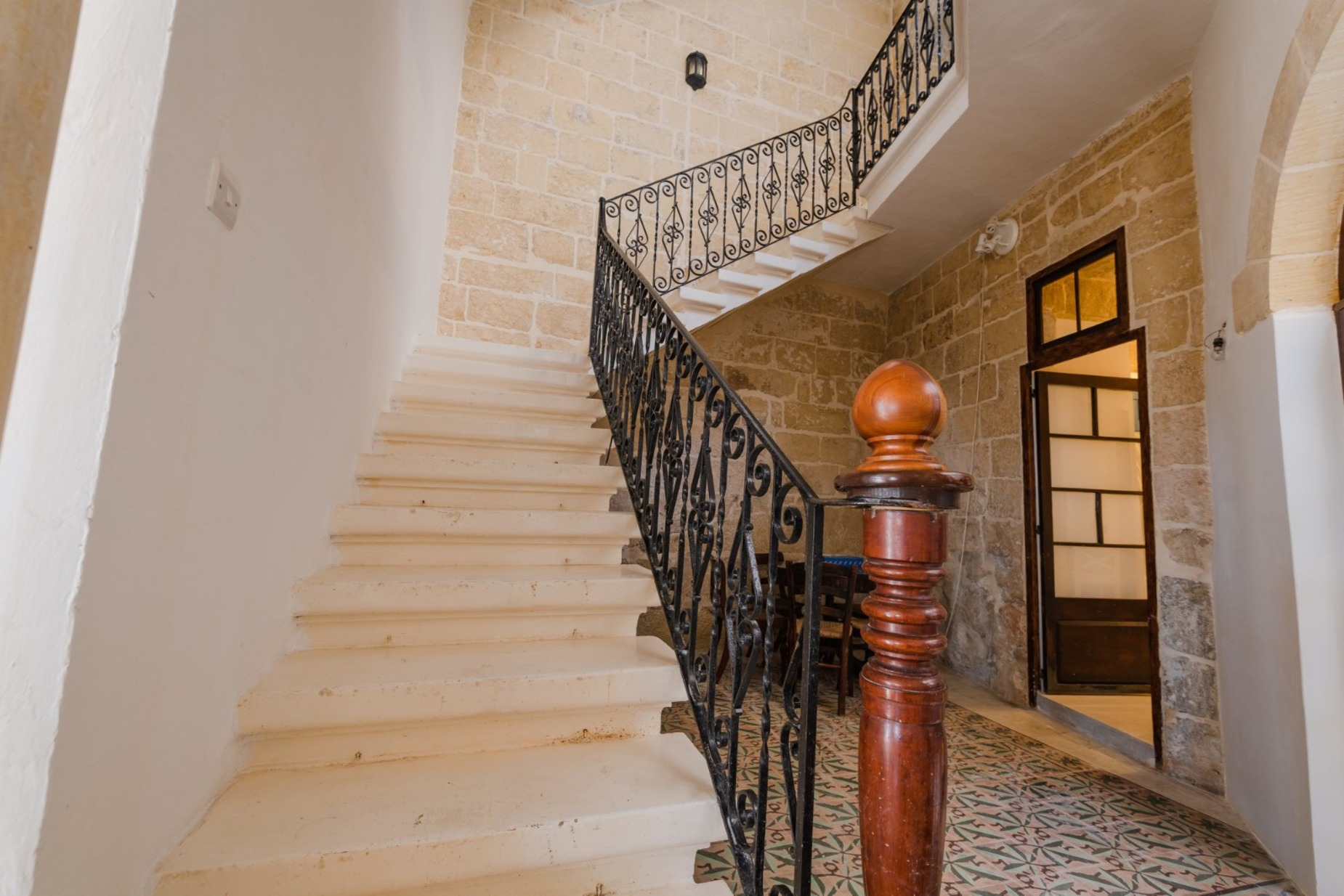 3 bed House of Character For Rent in Gharghur, Gharghur - thumb 6