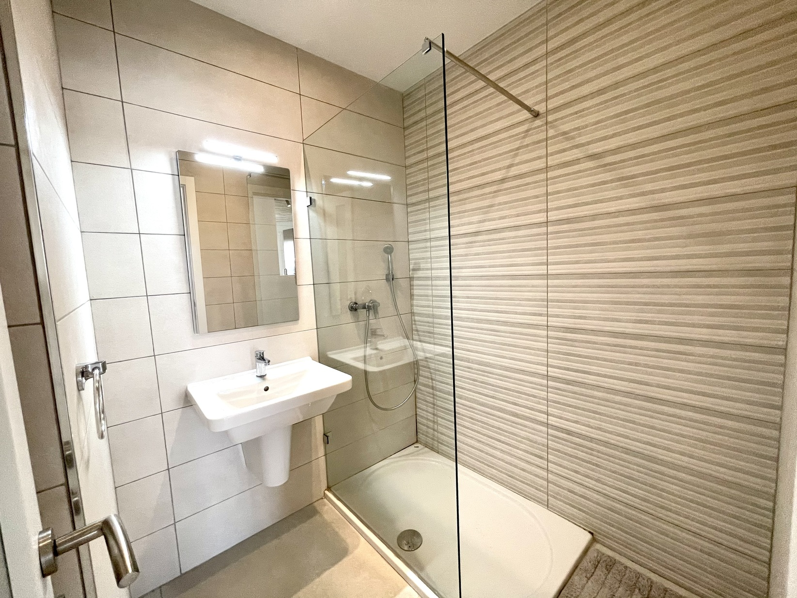 4 bed Apartment For Rent in Swieqi, Swieqi - thumb 12
