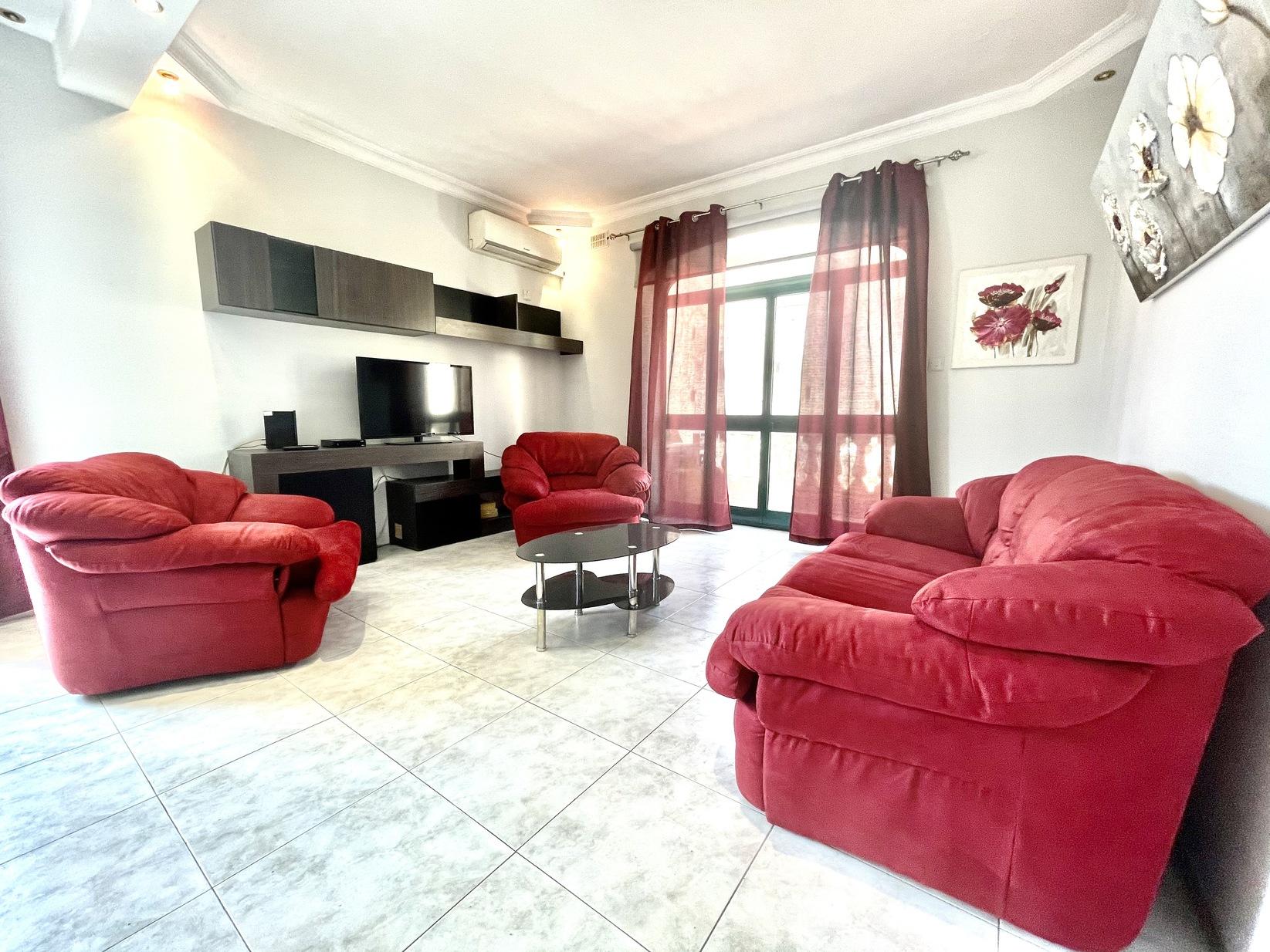 4 bed Maisonette For Rent in Gzira, Gzira - thumb 2