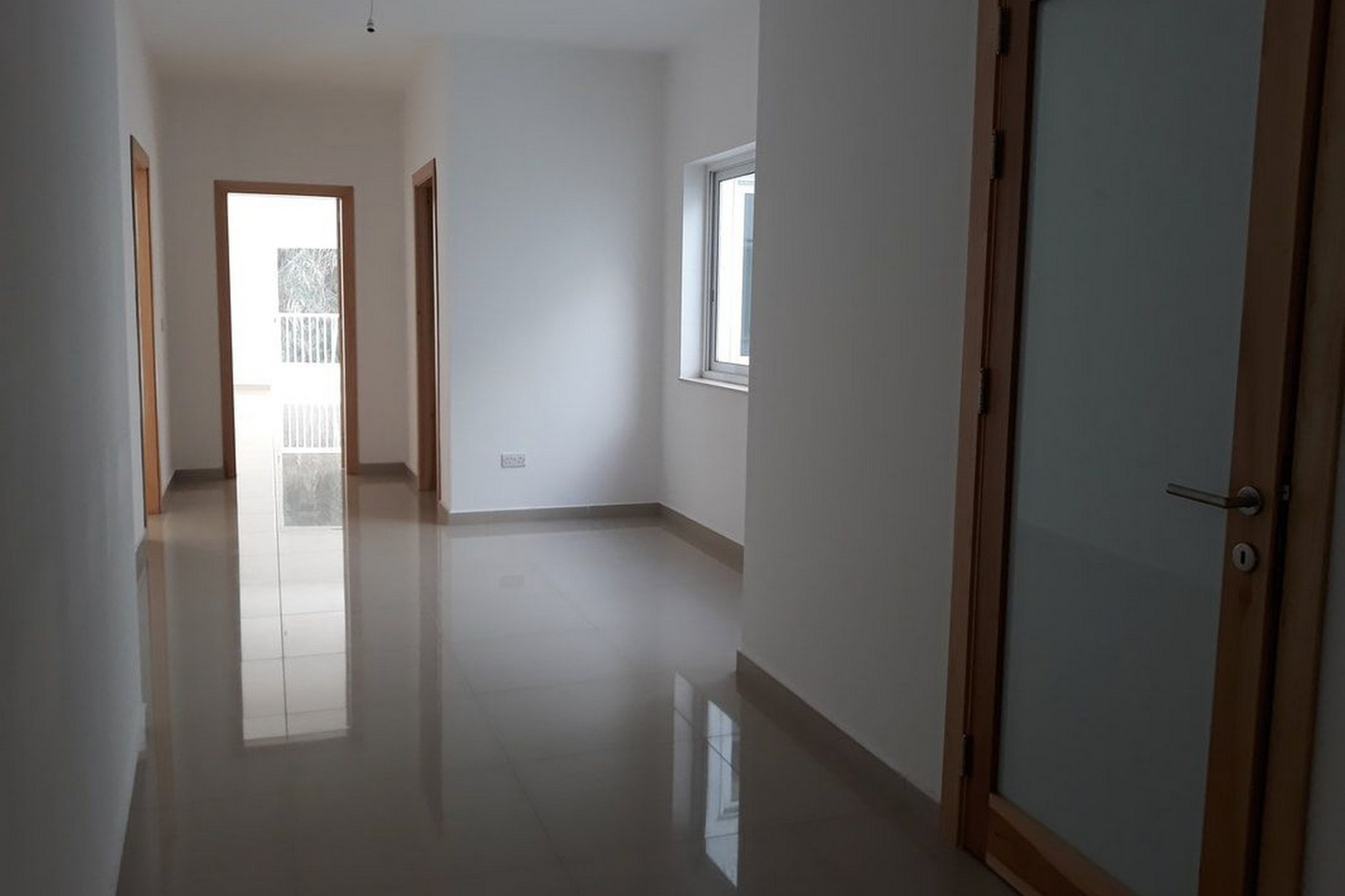3 bed Apartment For Sale in Xemxija, Xemxija - thumb 8